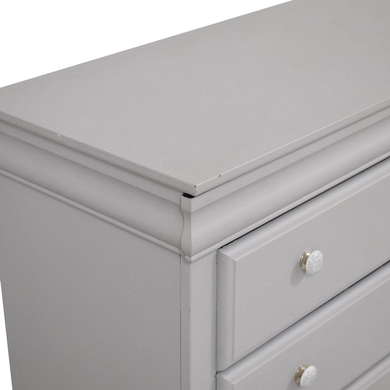 Vaughan-Bassett Vaughan-Bassett Grey Eight Drawer Dresser Storage