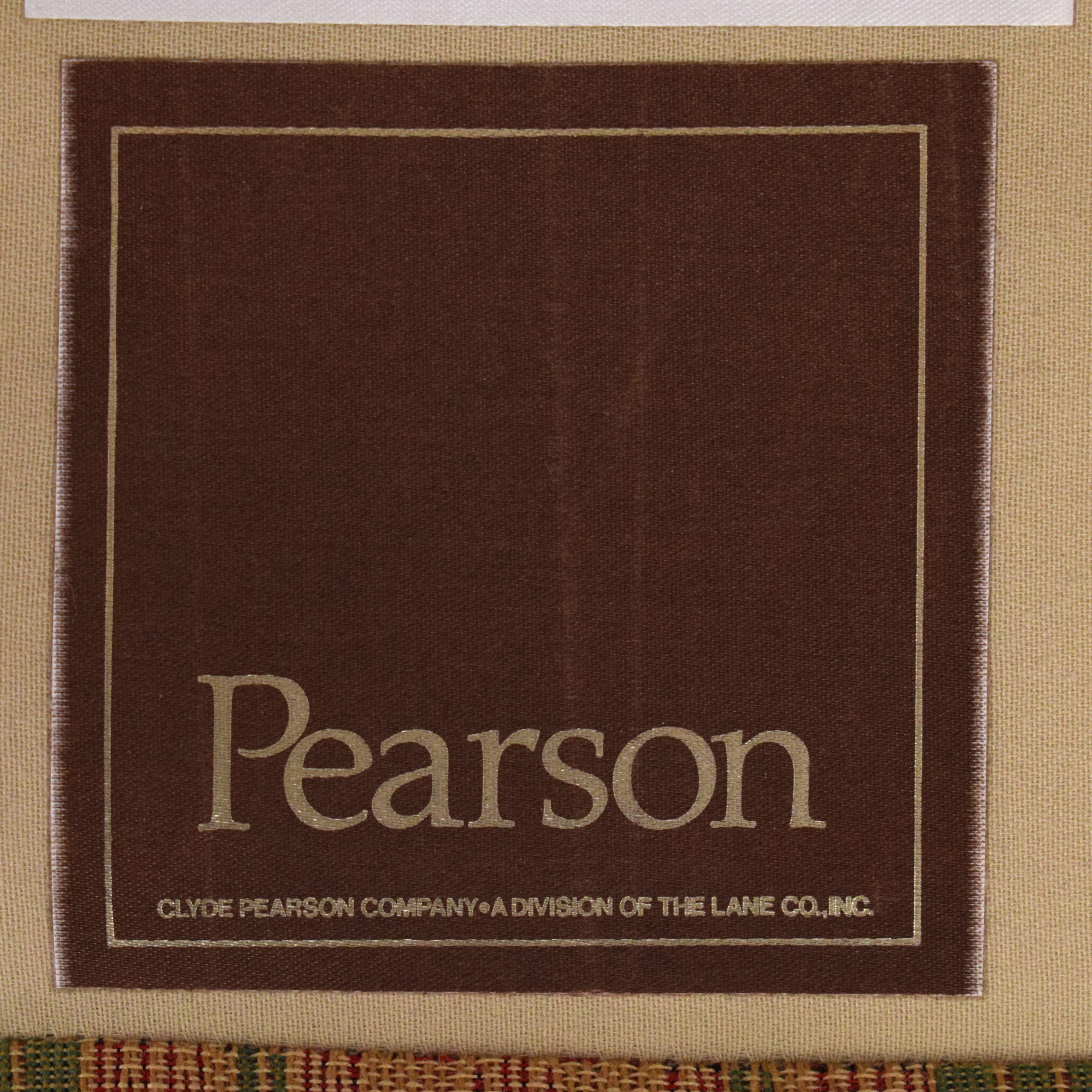 Pearson Pearson Fabric Accent Chair pa