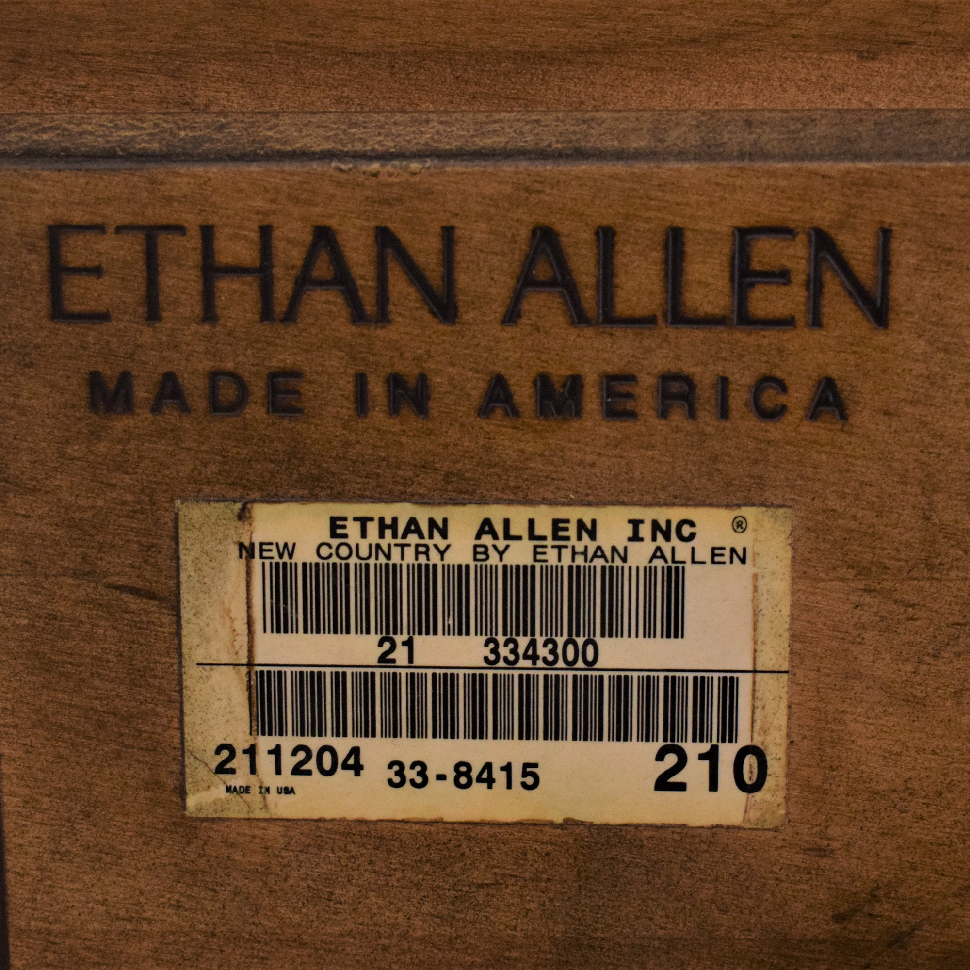 Ethan Allen Ethan Allen New Country Round Side Table Tables
