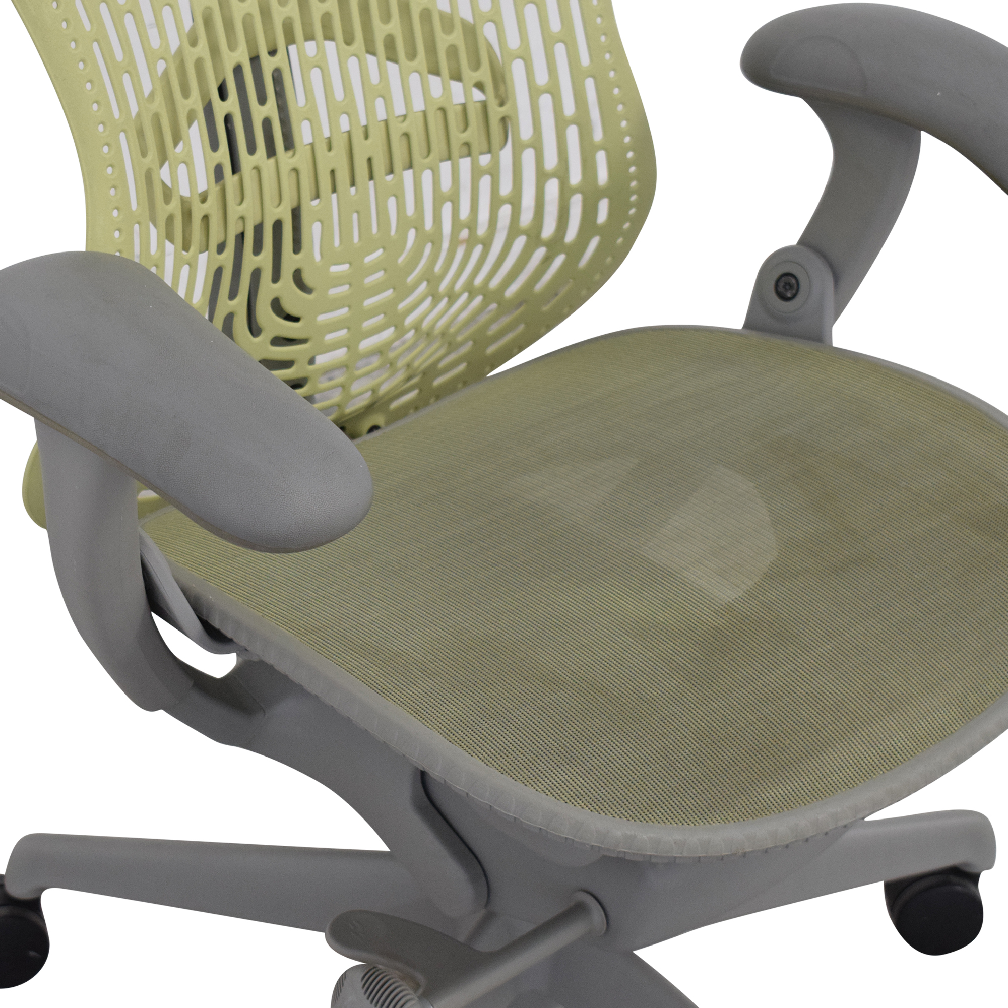 Herman Miller Mirra Chair / Home Office Chairs