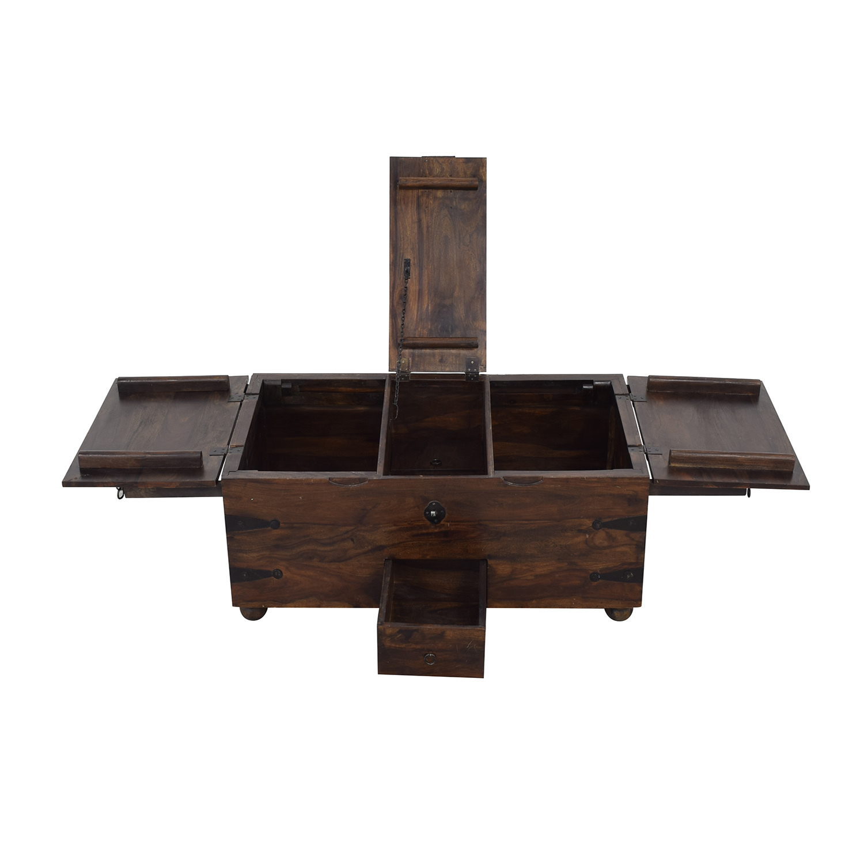 Vintage Storage Trunk or Coffee Table pa