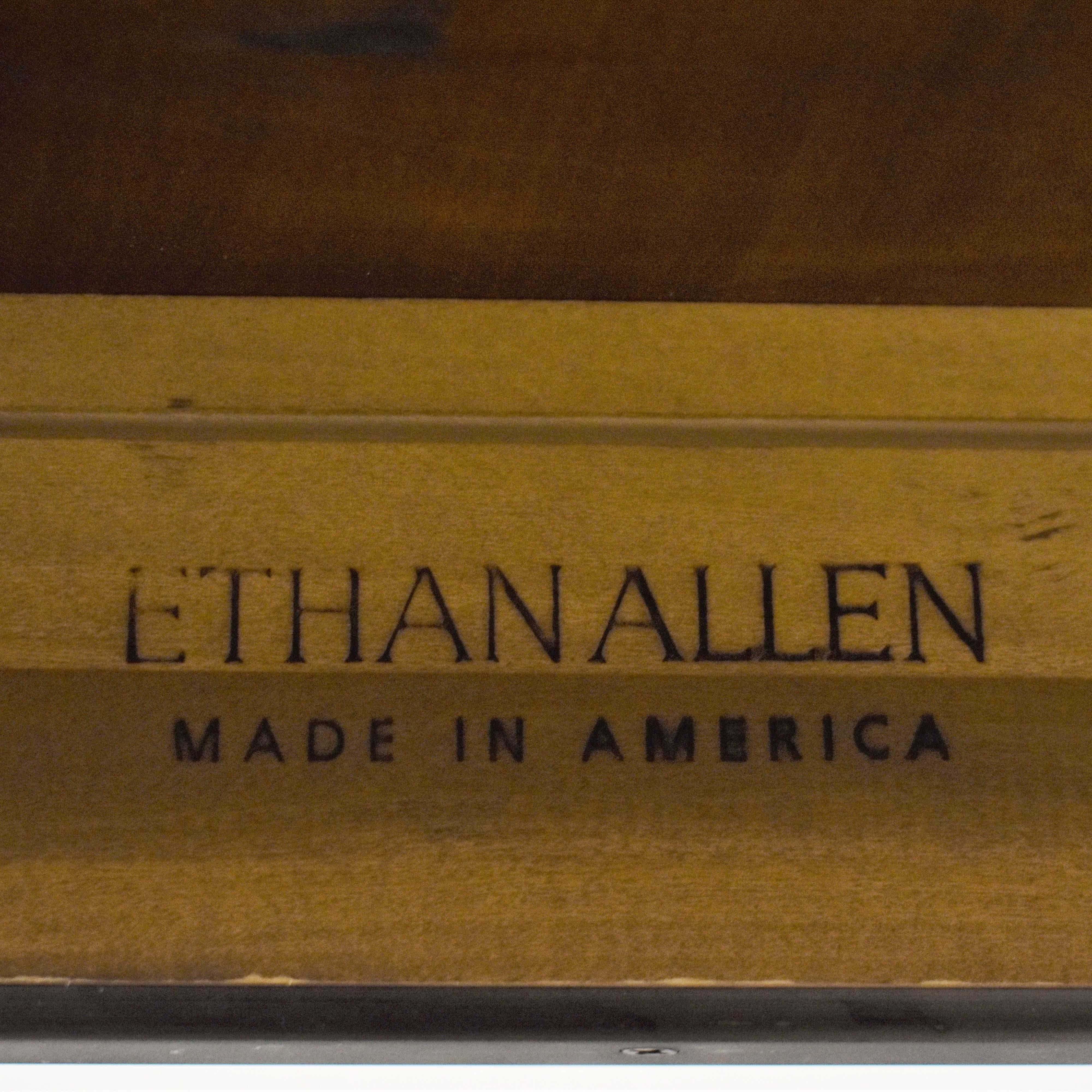 Ethan Allen Ethan Allen Avenue Dining Table ct