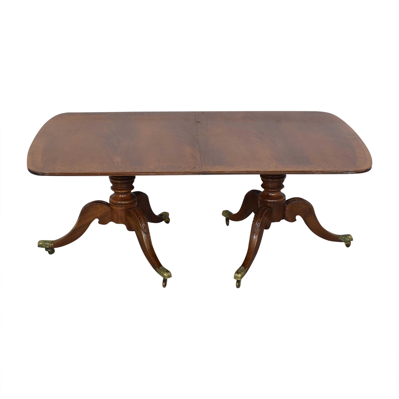 Henredon Furniture Henredon Heirloom Dinner Table used