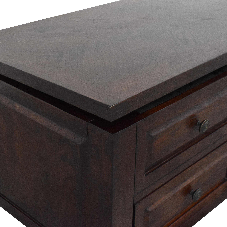 Raymour & Flanigan Raymour & Flanigan Lift-Top Storage Coffee Table discount