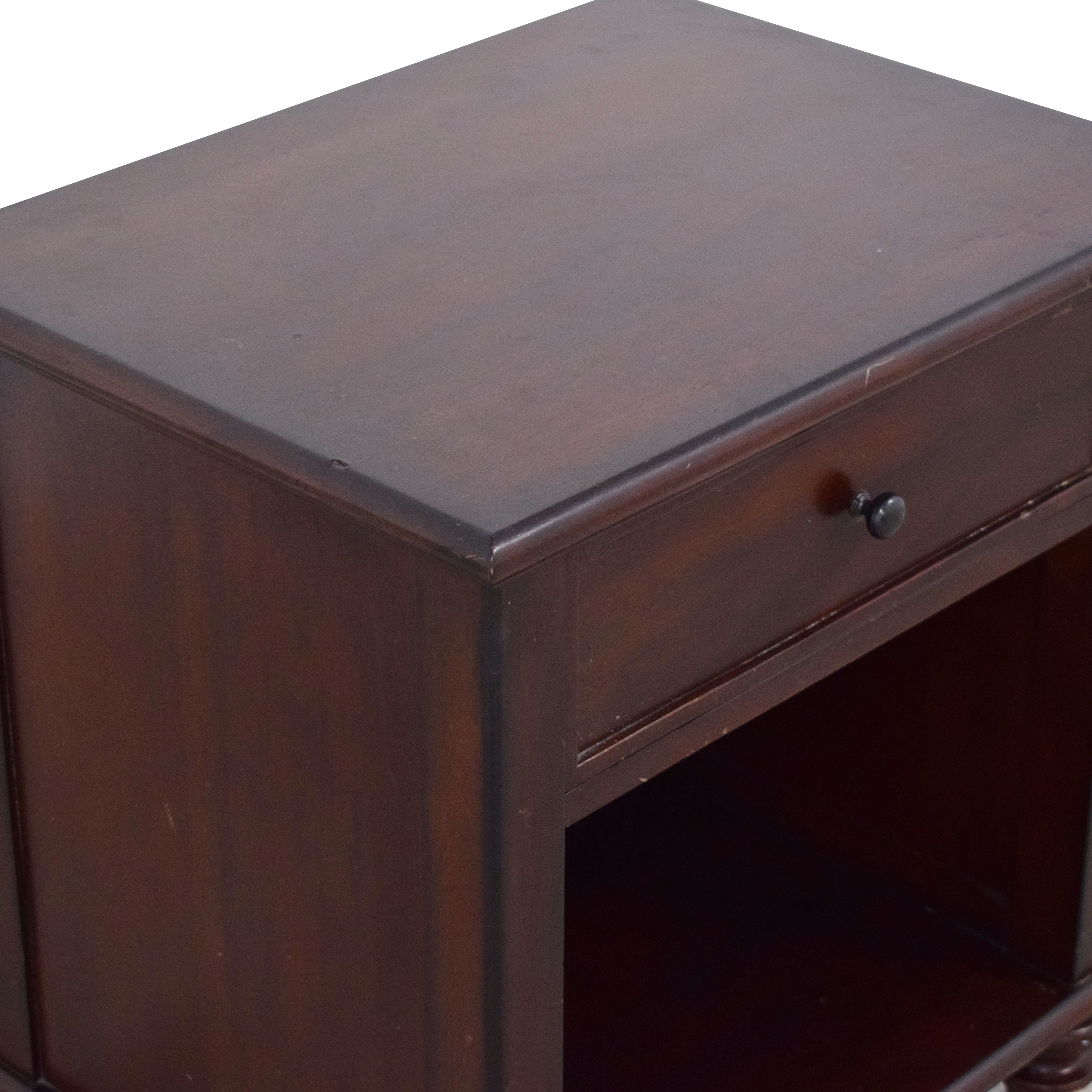 47 Off Pottery Barn Pottery Barn Montego Bedside Table