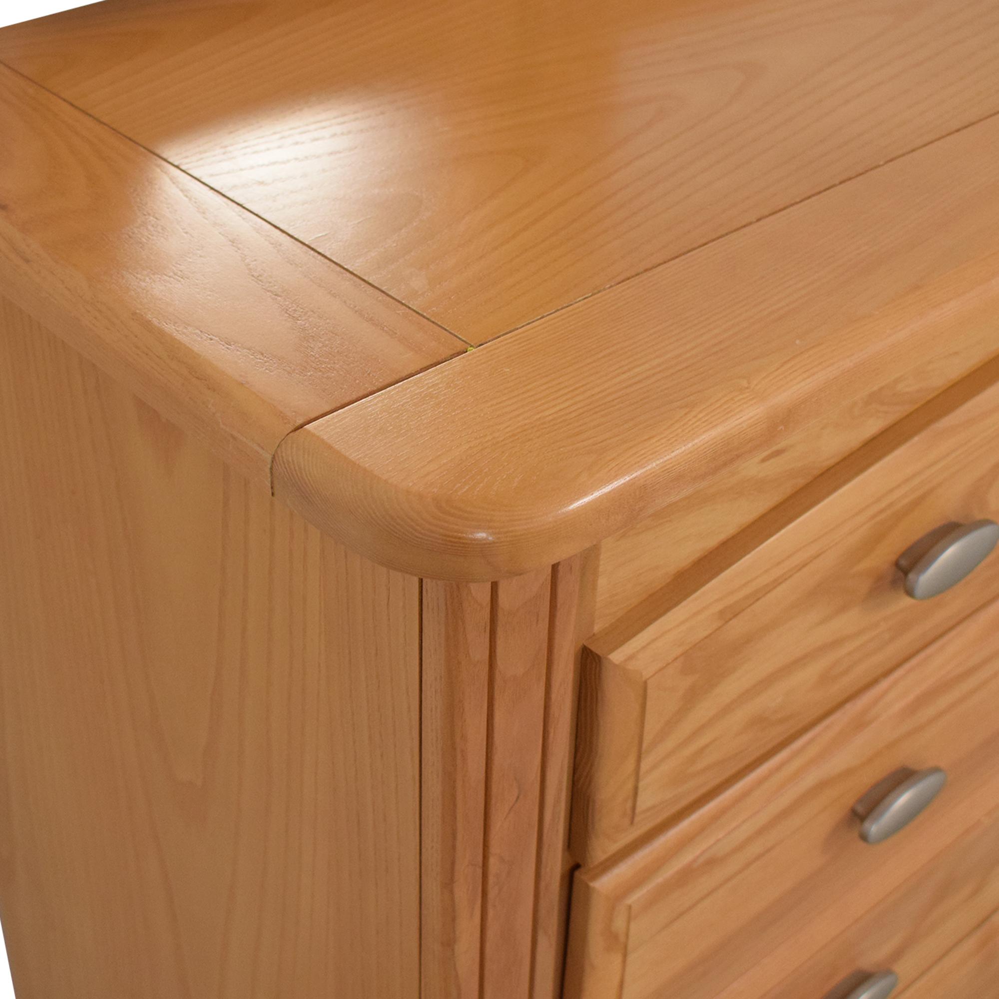 Kincaid Dresser with Mirror / Storage