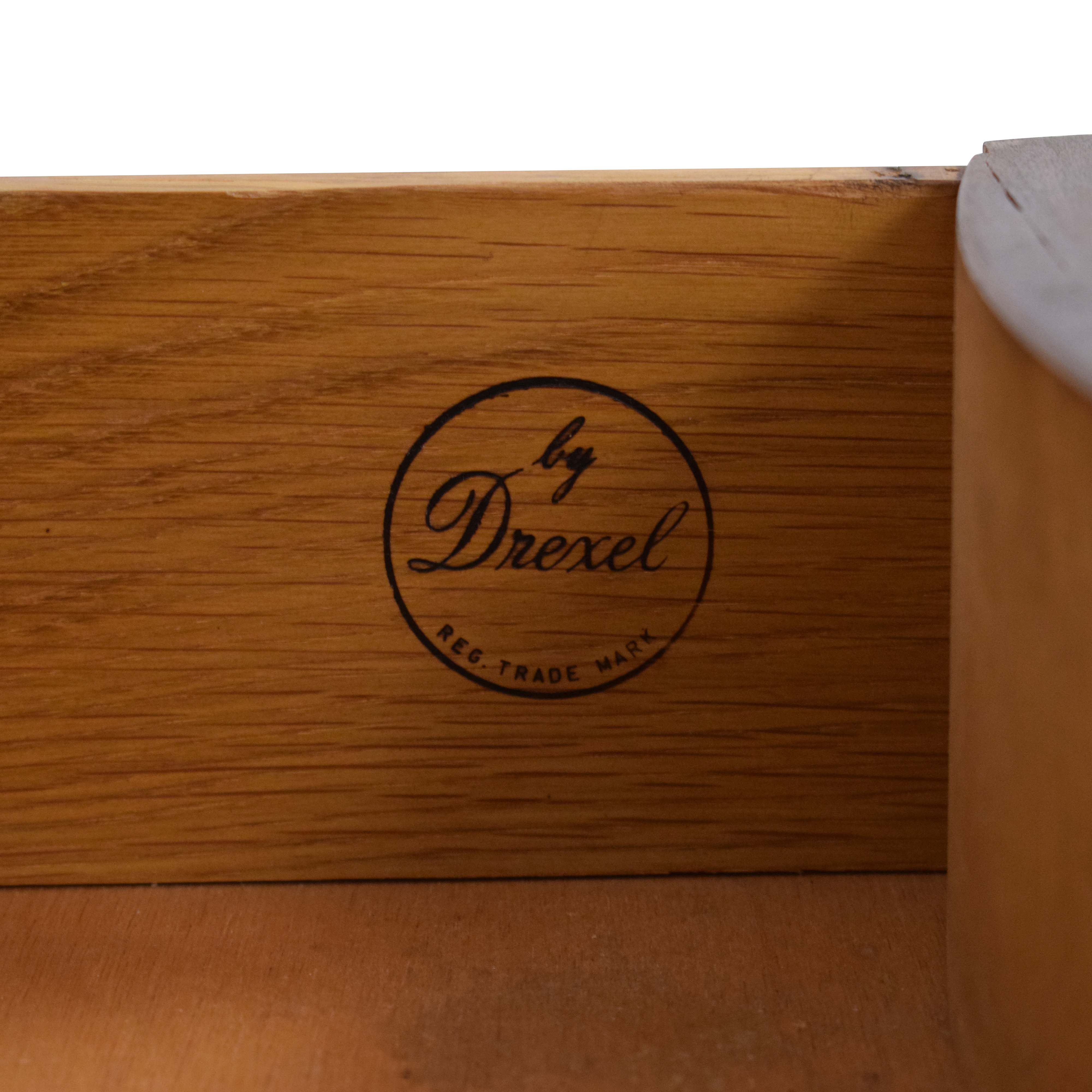 Drexel Four Drawer Chest of Drawers / Storage