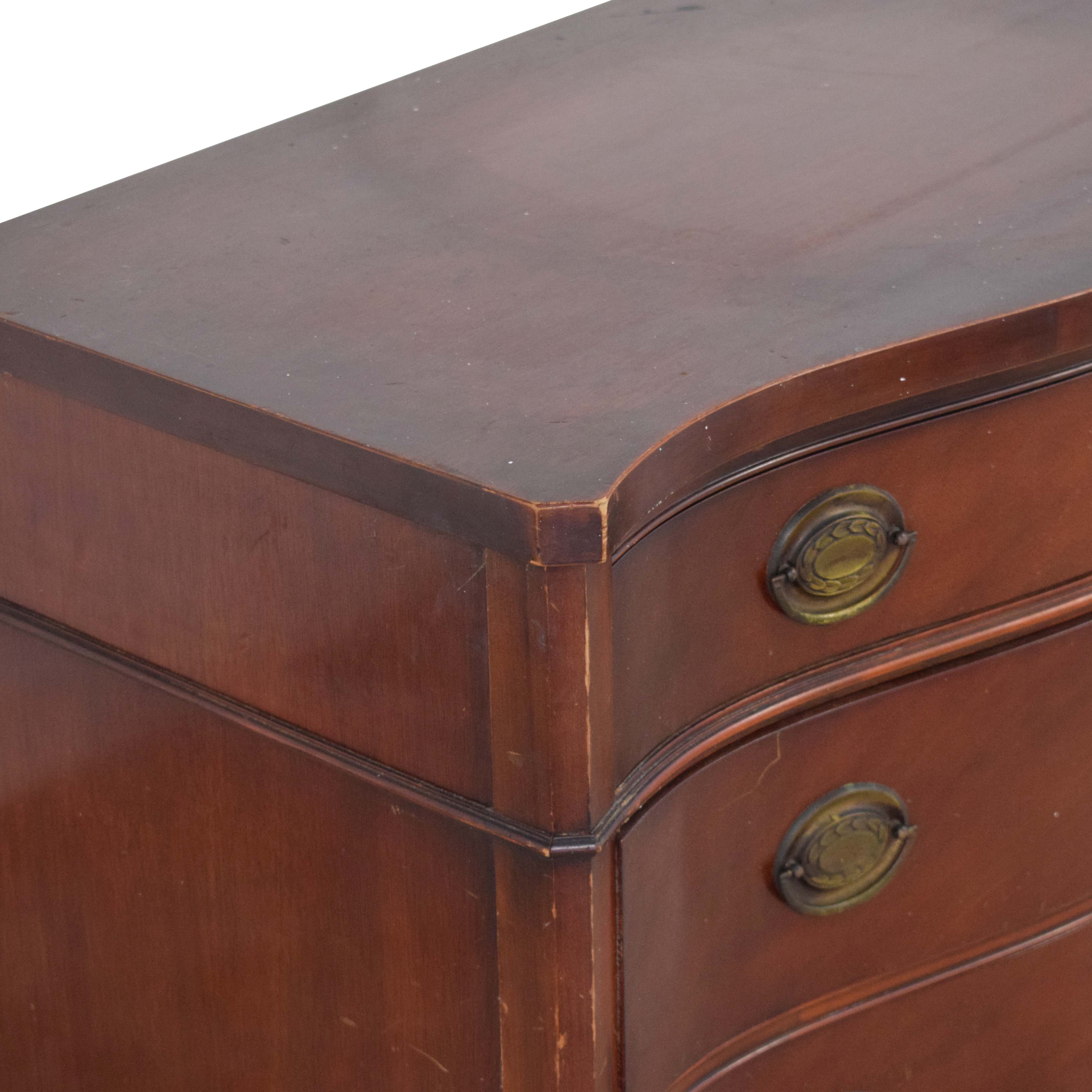 Drexel Drexel Four Drawer Chest of Drawers Dressers