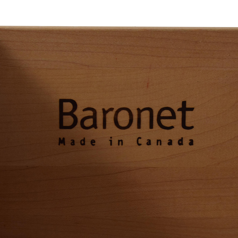 Baronet Baronet Armoire second hand