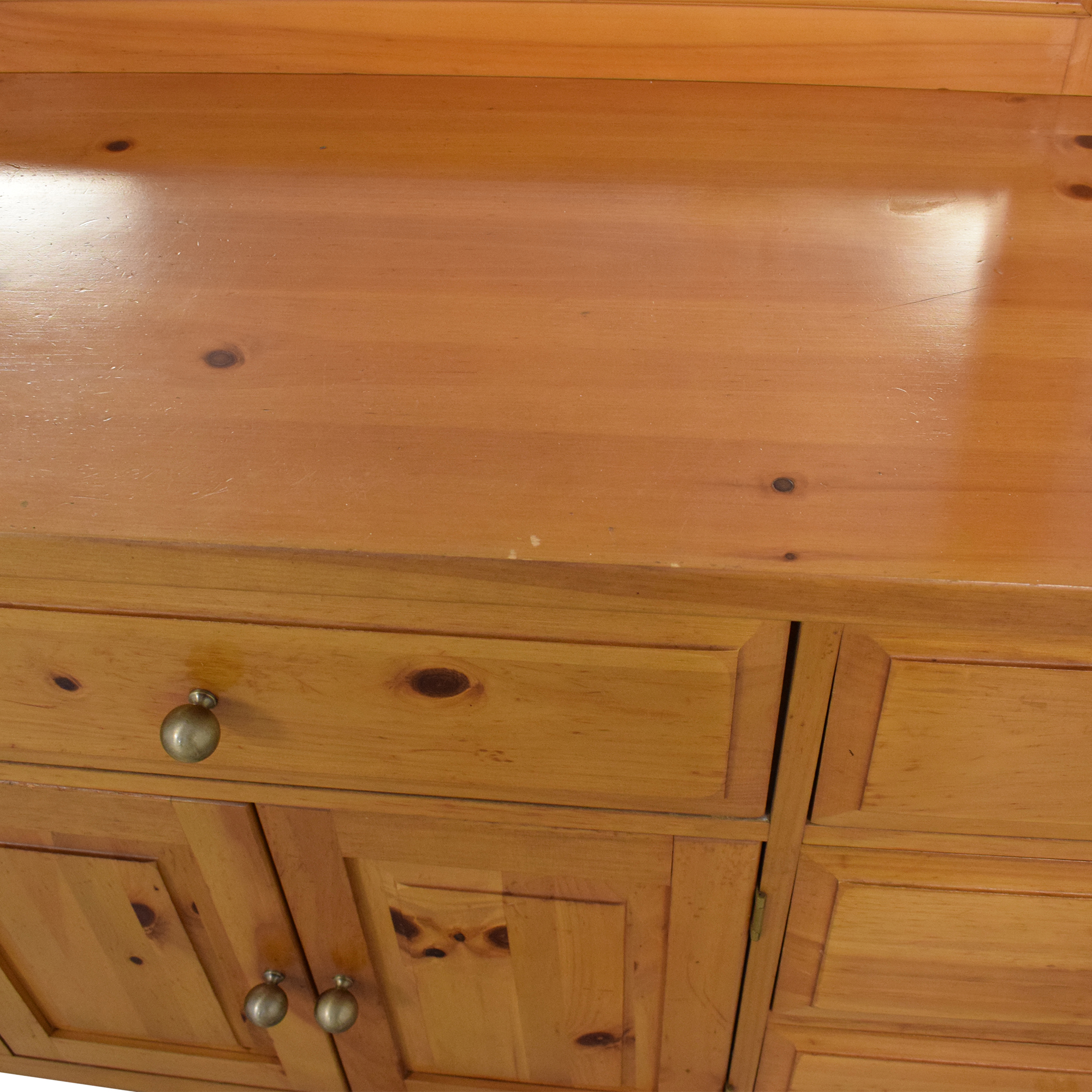 buy Broyhill Shaker Style Dresser and Mirror Broyhill Furniture Dressers