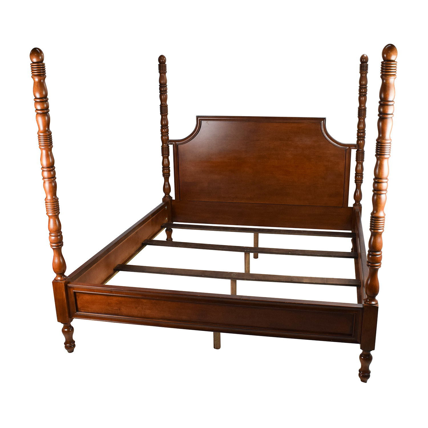 77% OFF - Thomasville Furniture Thomasville King Size Poster Bed / Beds