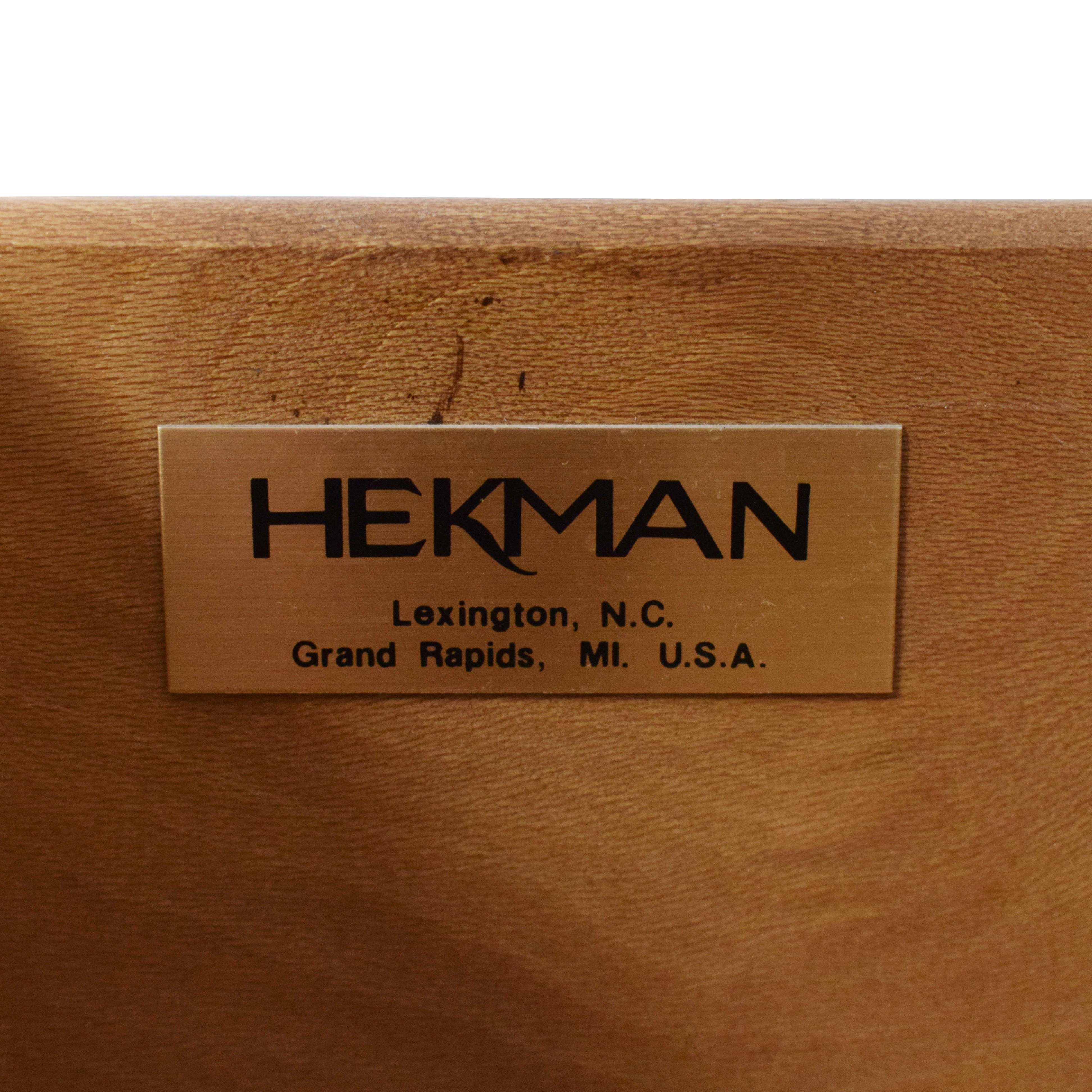 Hekman Console Table / Accent Tables