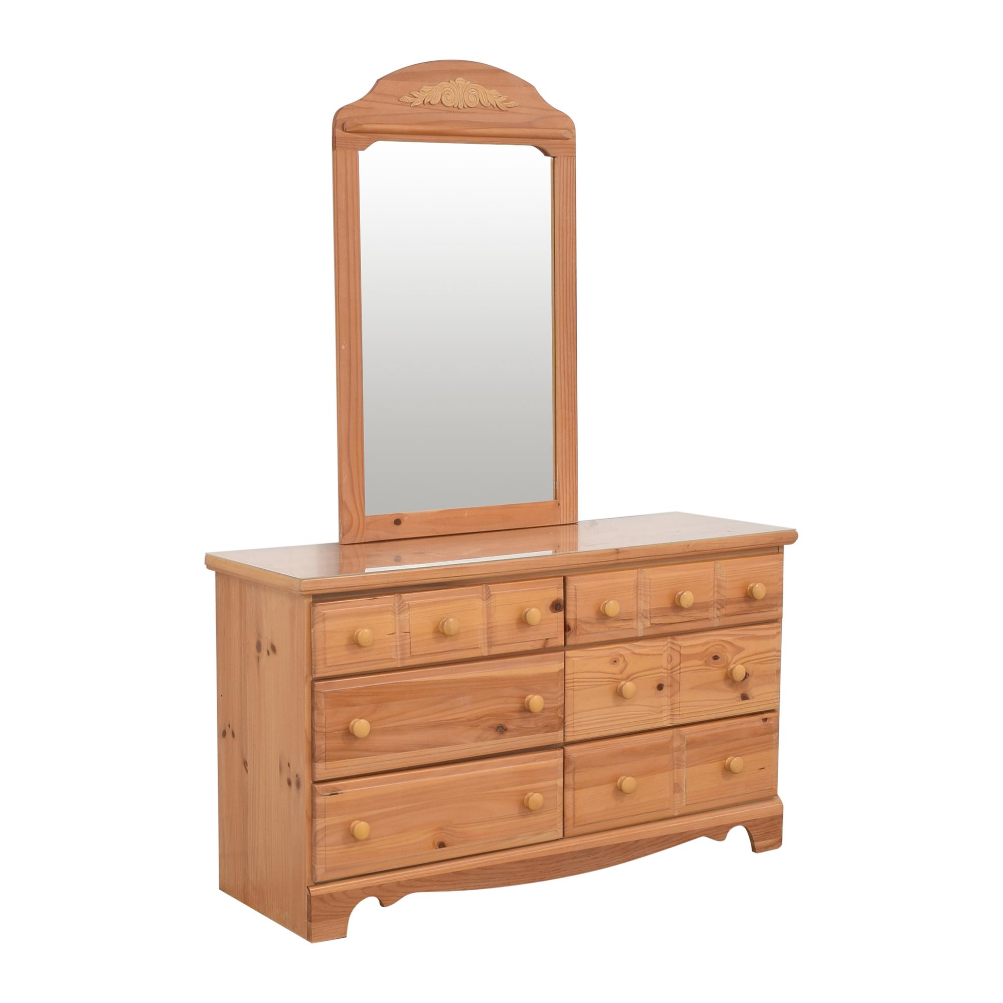 Vaughan-Bassett Vaughan-Bassett Six Drawer Dresser and Mirror brown
