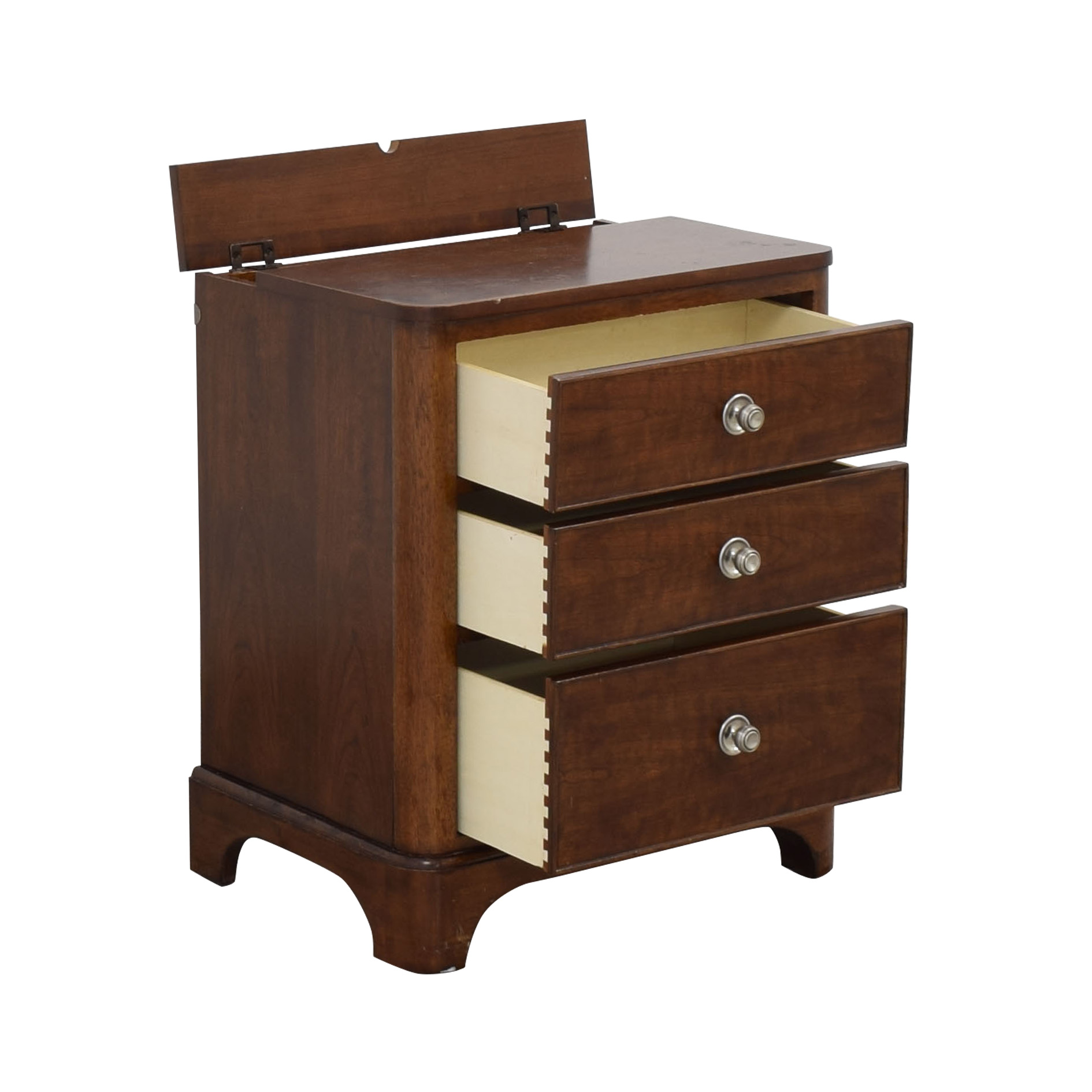 Bassett Furniture Bassett Three Drawer Nightstand dimensions