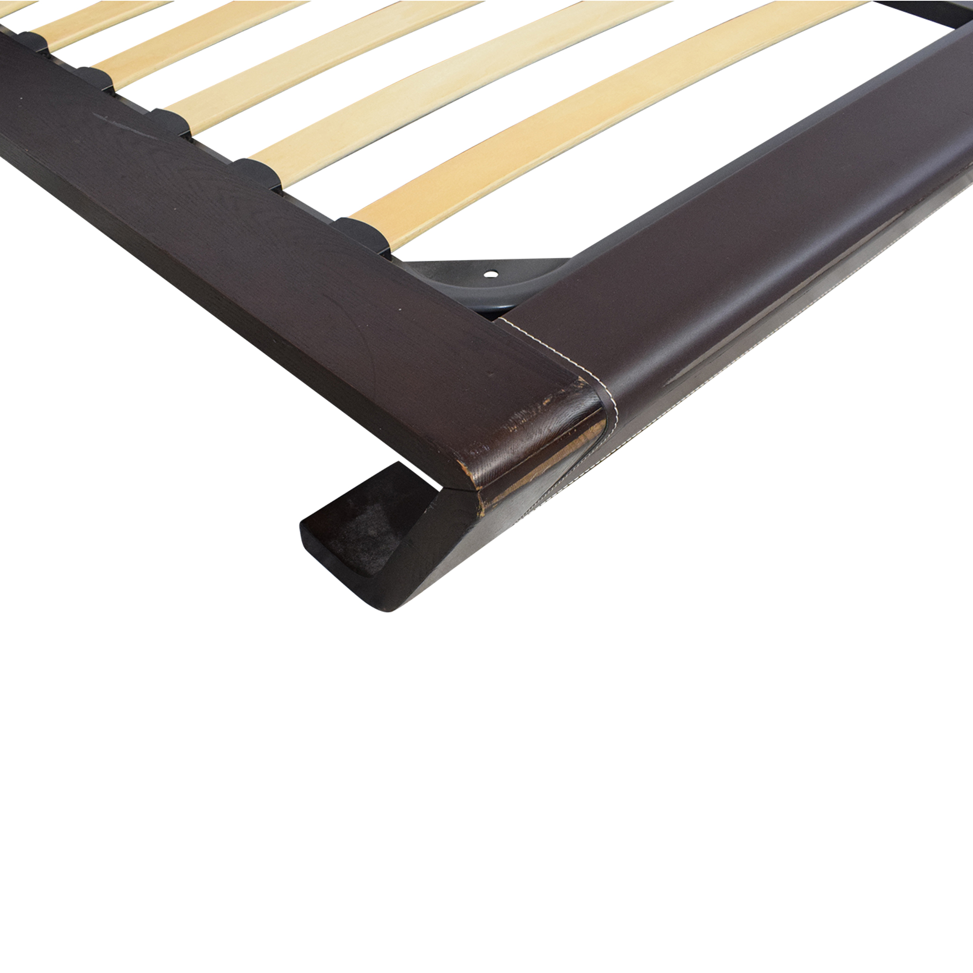 J&M Modern Queen Platform Bed / Bed Frames