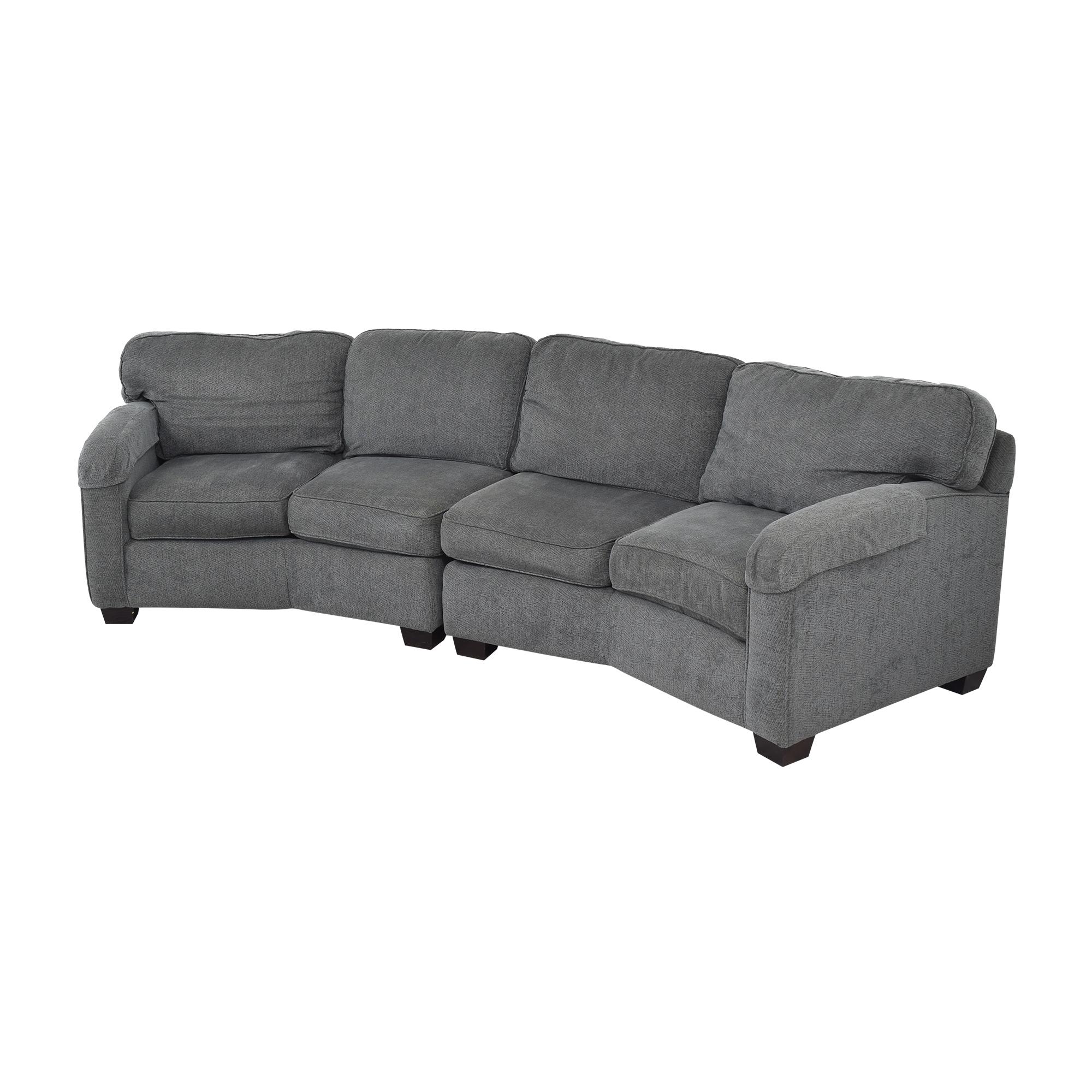 Bassett Furniture Bassett Furniture Sectional Sofa with Ottomans ma