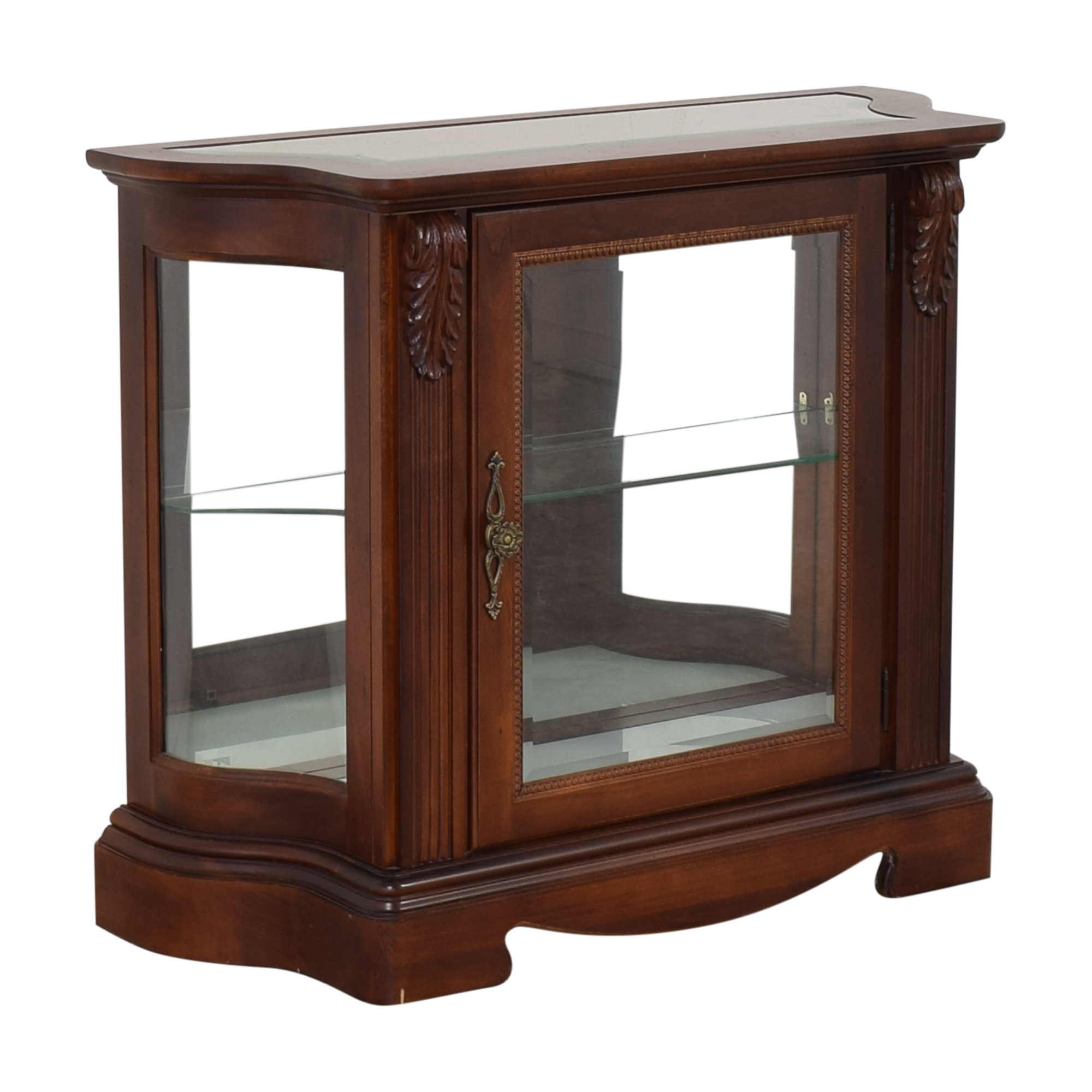 Thomasville Display Accent Table / Cabinets & Sideboards