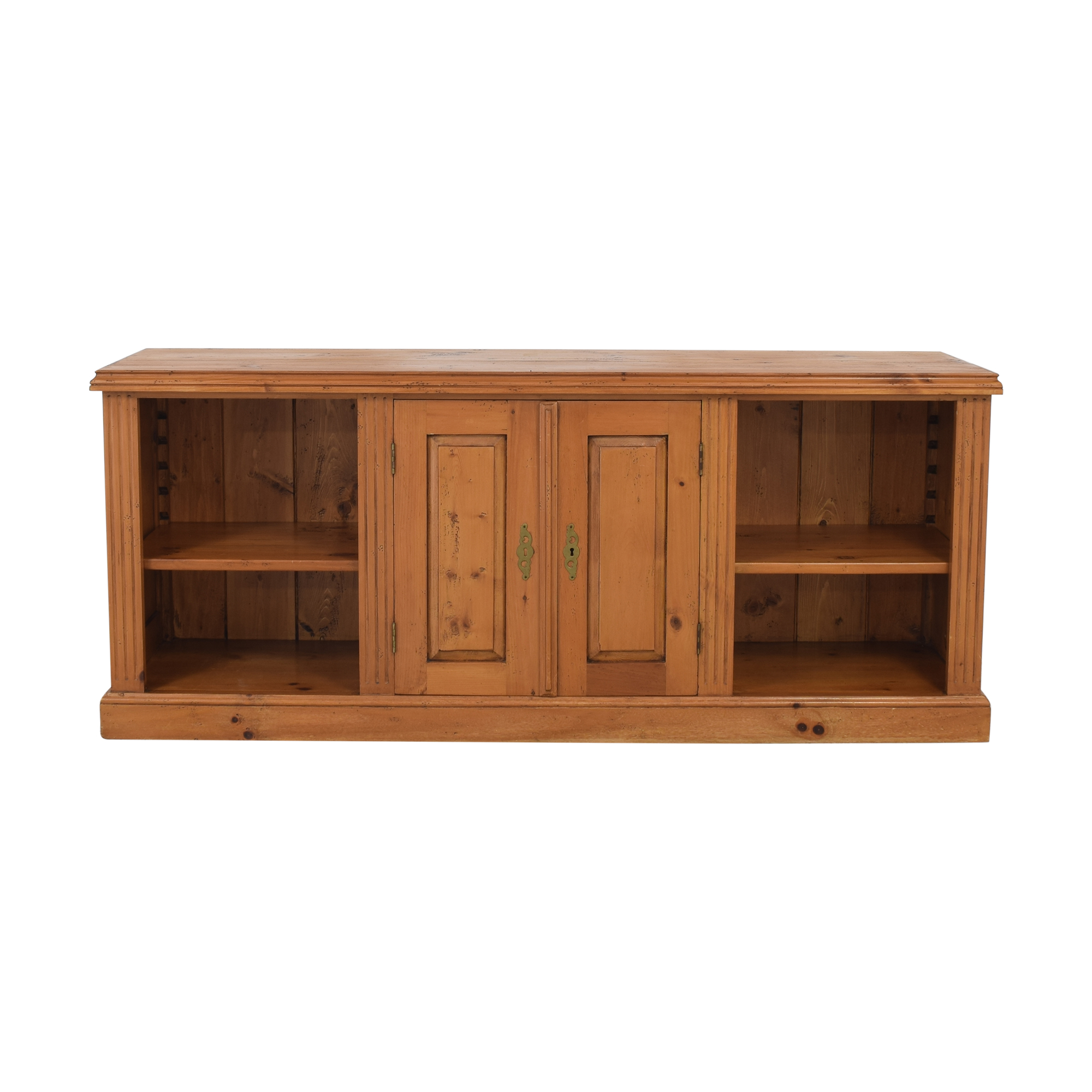 Wooden Entertainment Piece or Sideboard / Cabinets & Sideboards