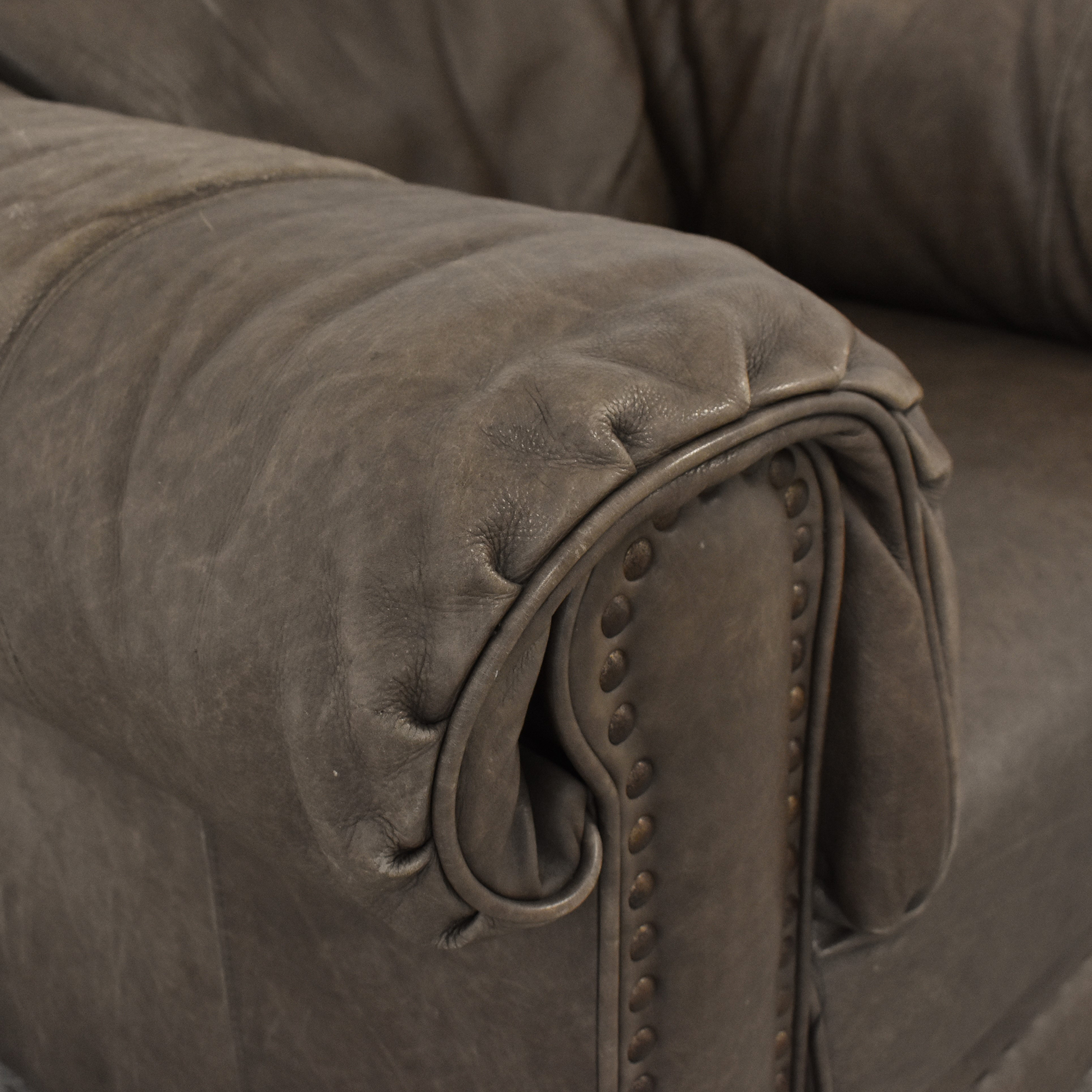 Lane Leather Arm Chair / Accent Chairs