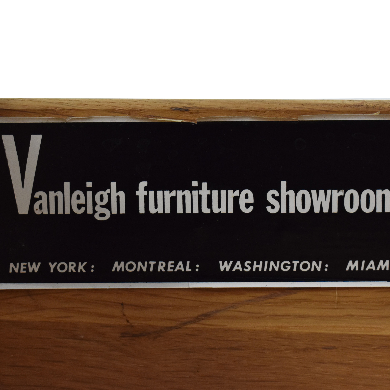 Vanleigh Furniture Vanleigh Expandable Bar Tabl dimensions