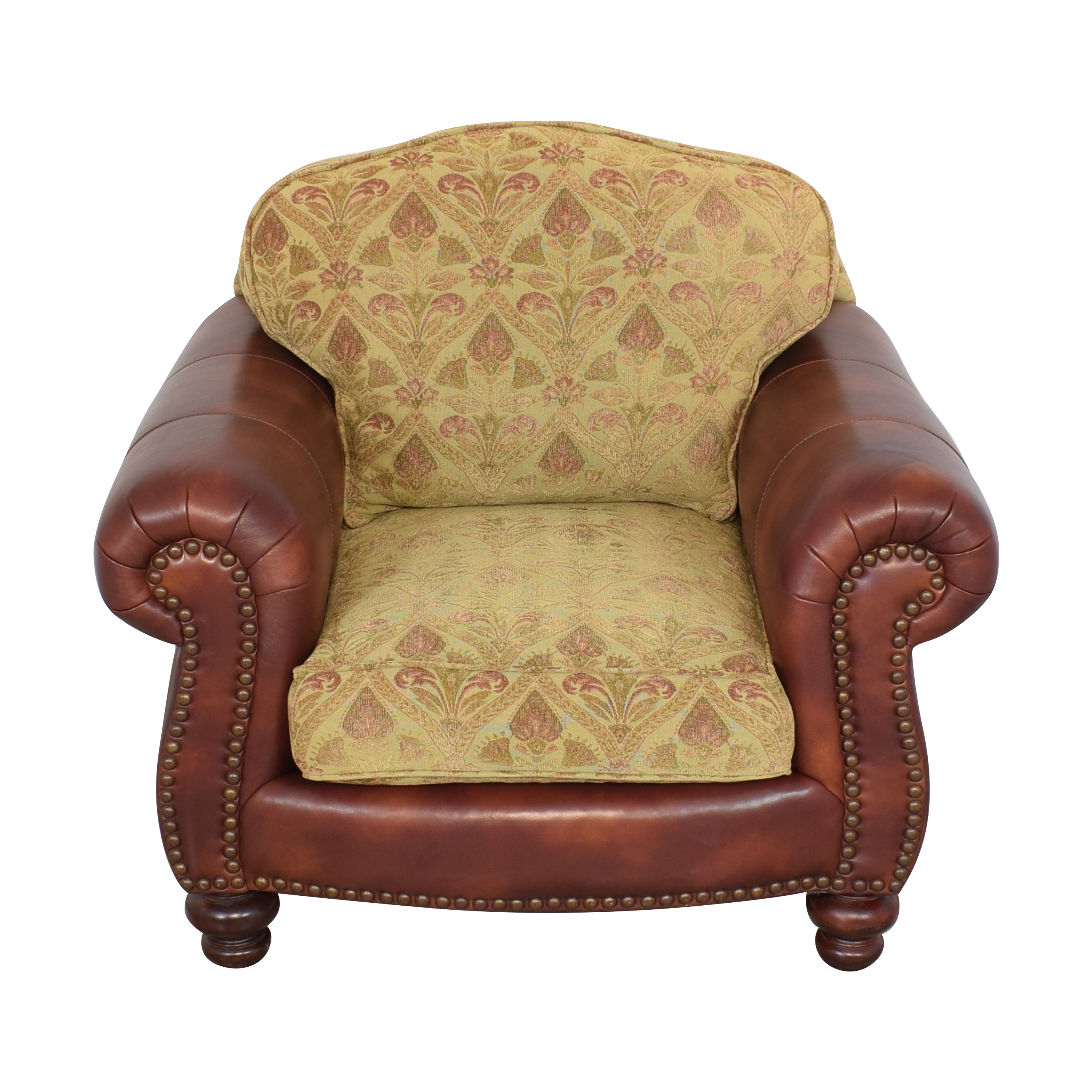 Distinctions Furniture Distinctions Furniture Nailhead Club Chair with Cushions used