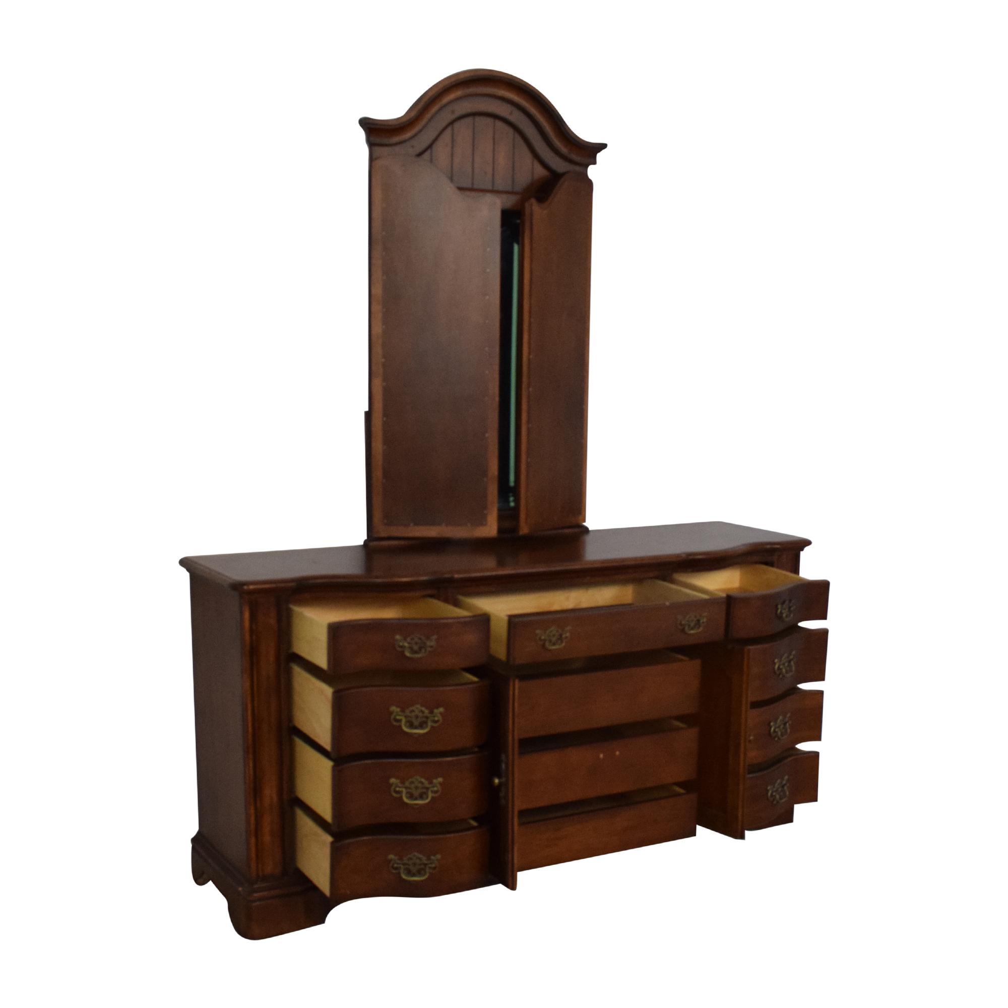 Universal Furniture Dresser with Mirror Universal Furniture