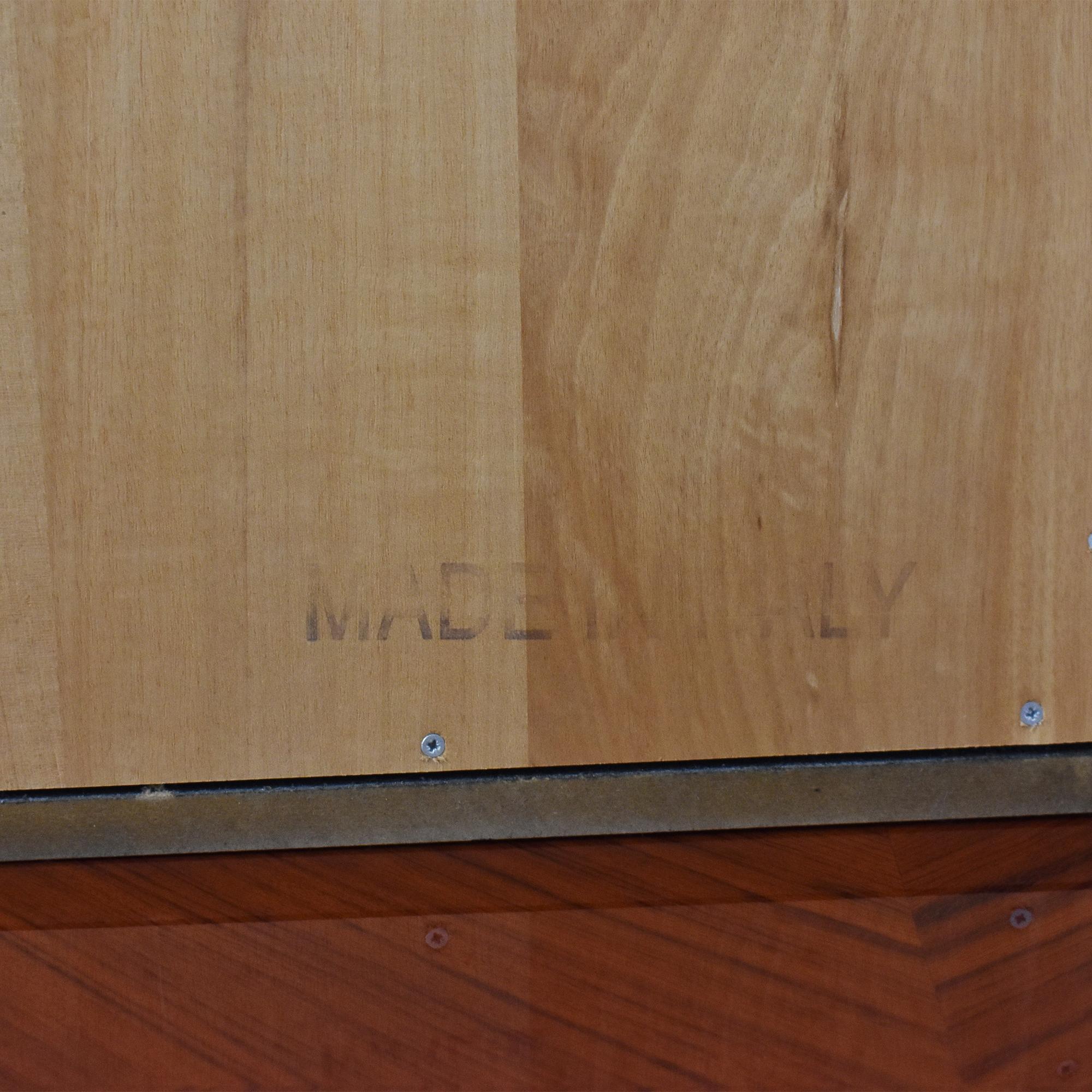 Custom Dresser with Mirror / Dressers