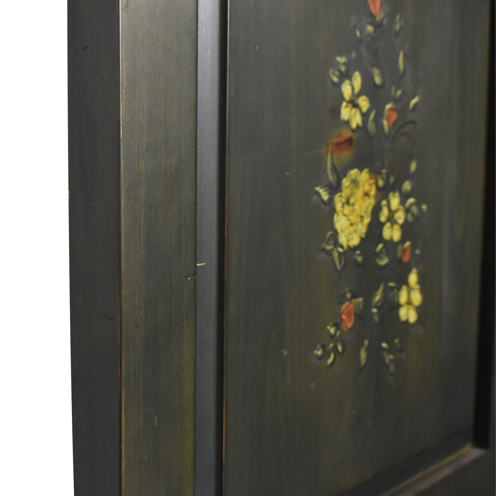 Painted Folding Room Screen Dividers