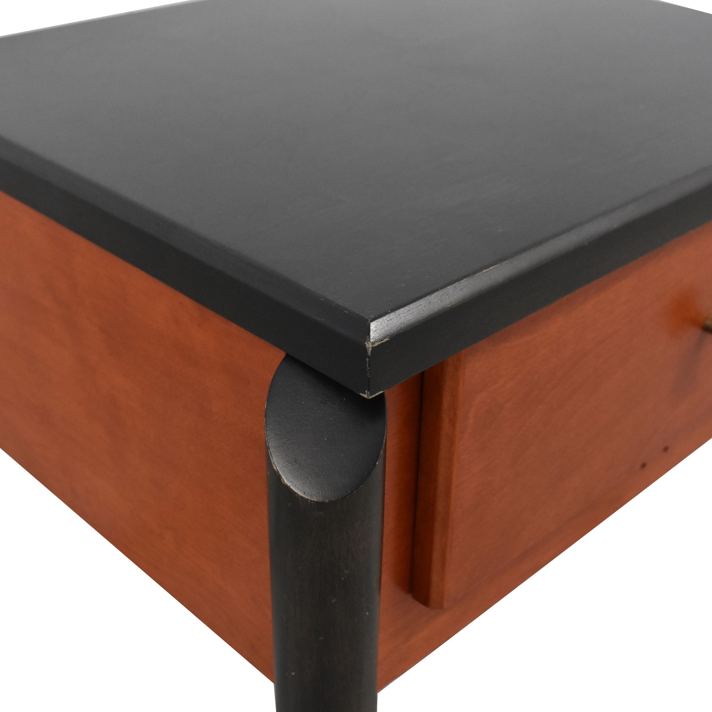 Interversion Interversion End Table pa