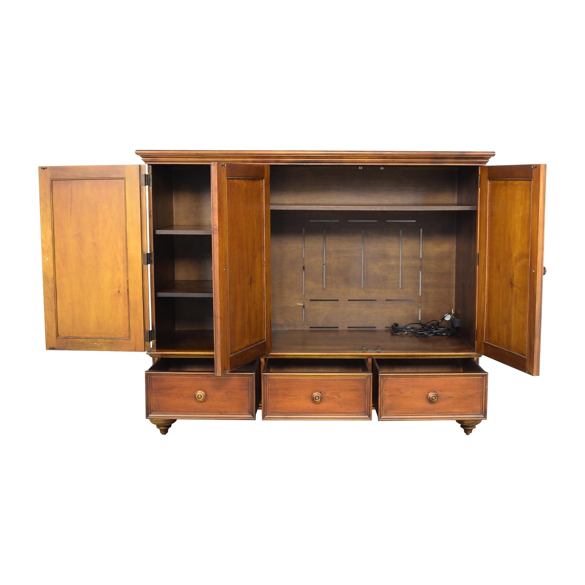Romweber Armoire / Cabinets & Sideboards