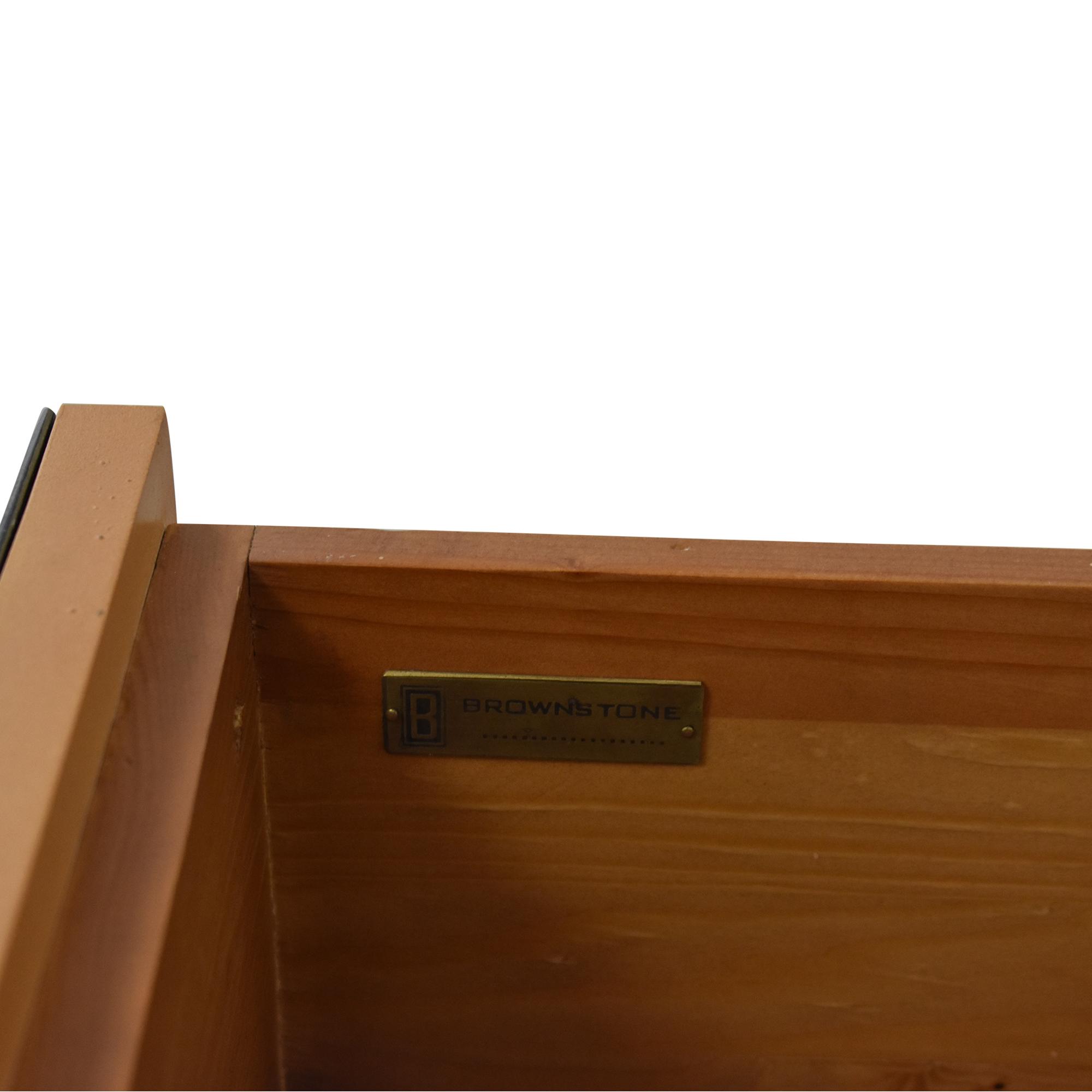 Brownstone Furniture Brownstone Carlyle Nightstand used