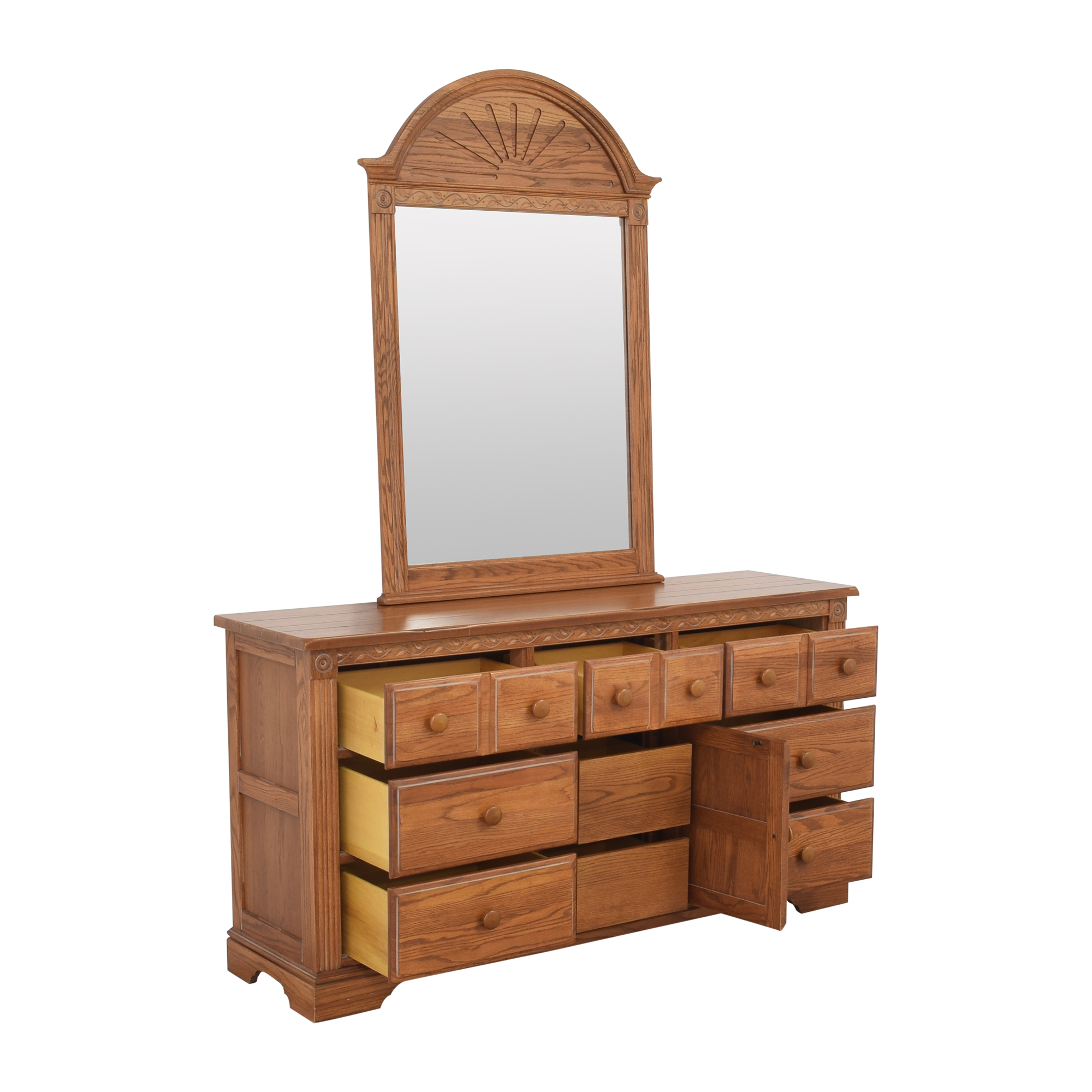 Broyhill Furniture Broyhill Door Dresser with Mirror dimensions