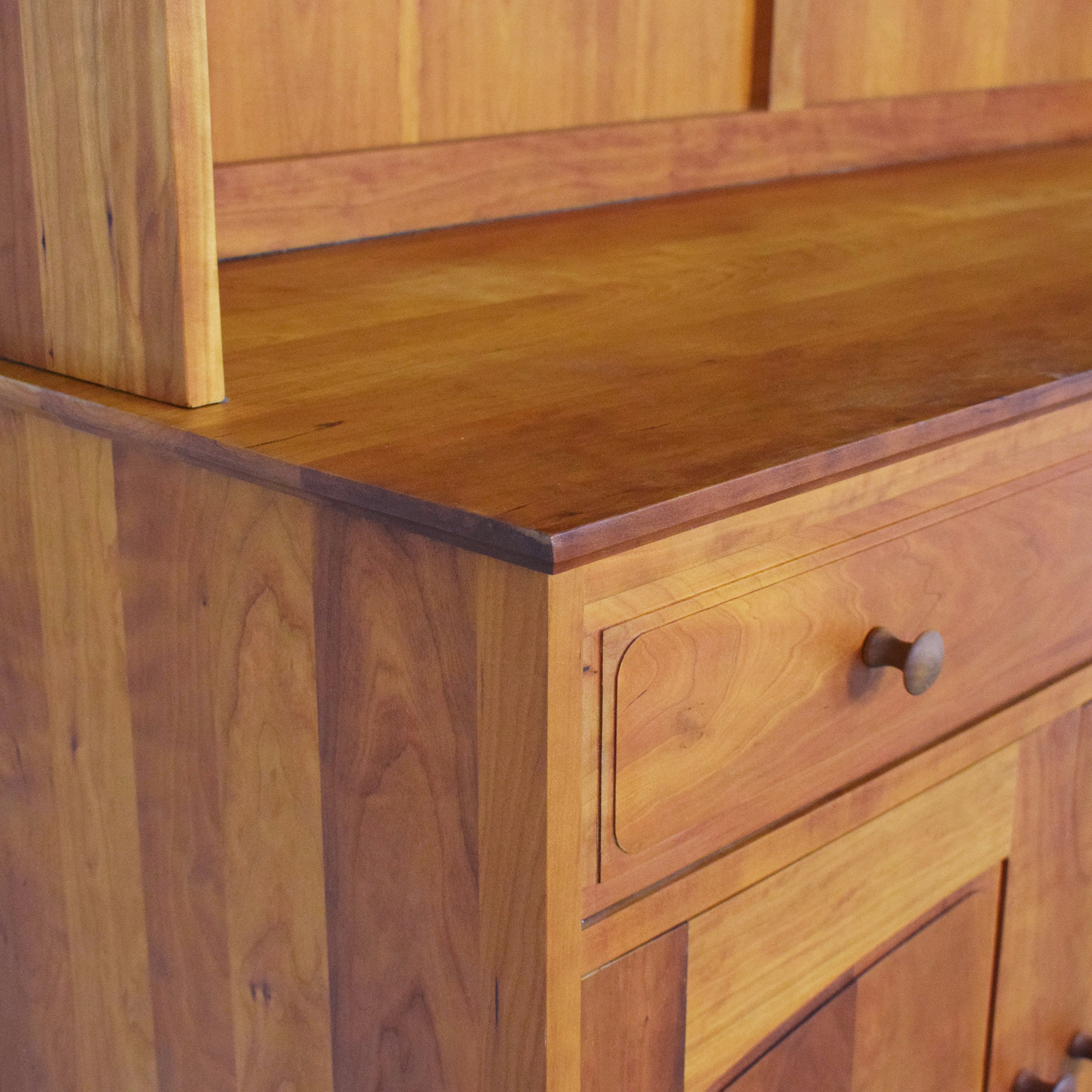 buy Scott Jordan Buffet with Hutch Scott Jordan Furniture Storage