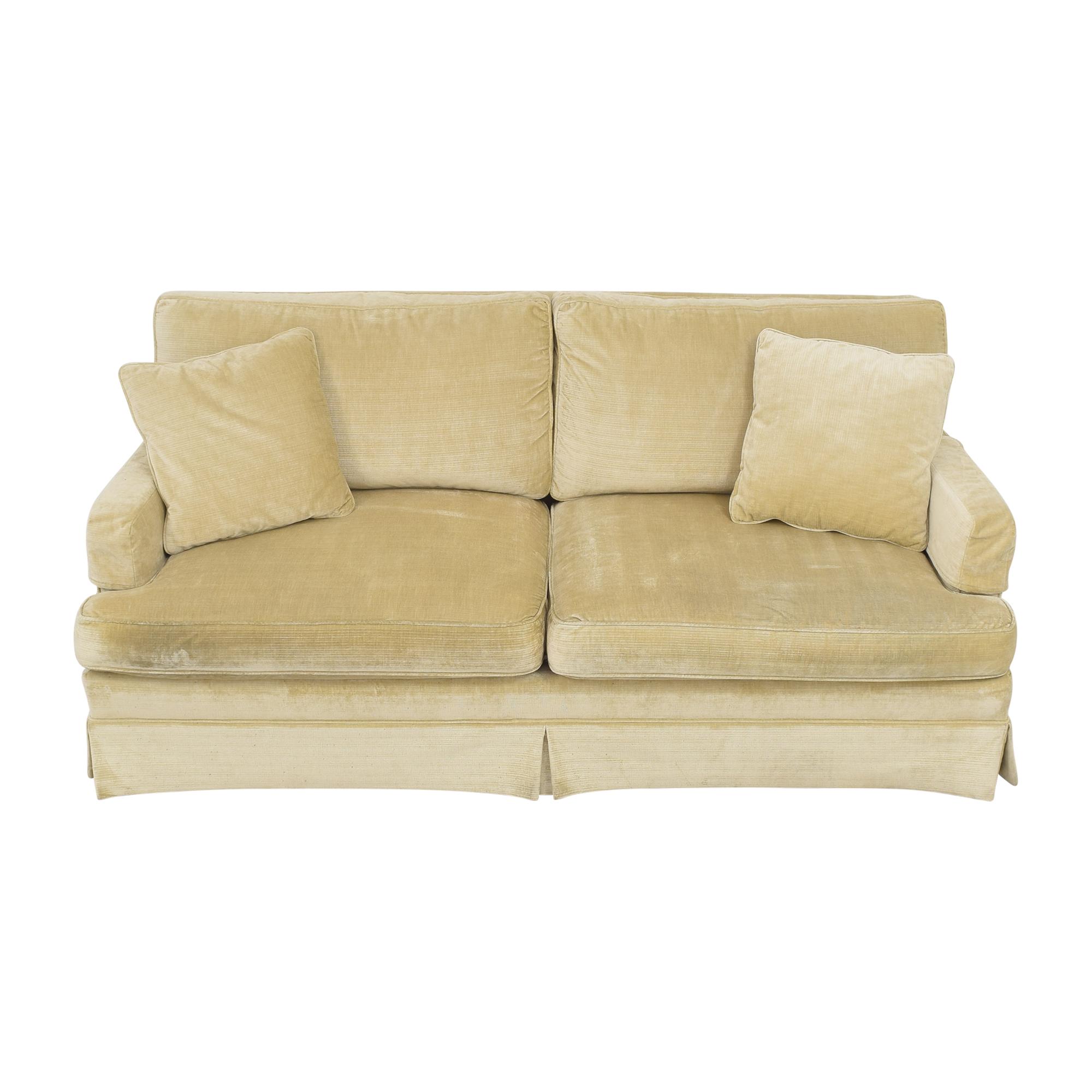 Lee Industries Apartment Sofa / Classic Sofas