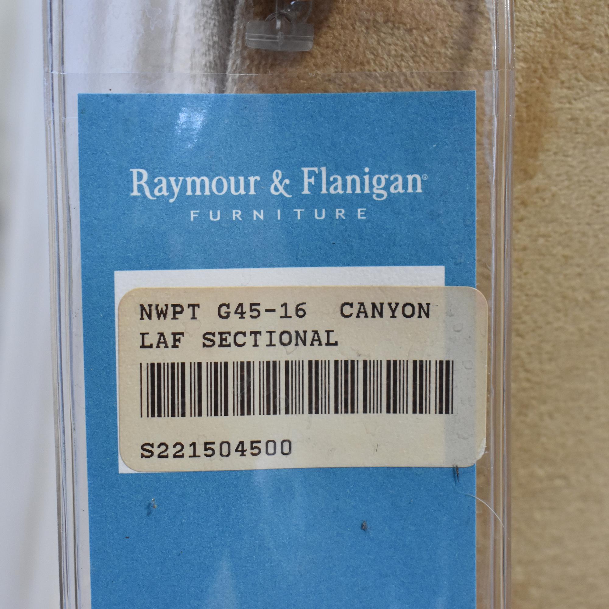 Raymour & Flanigan Raymour & Flanigan Sectional Sofa discount