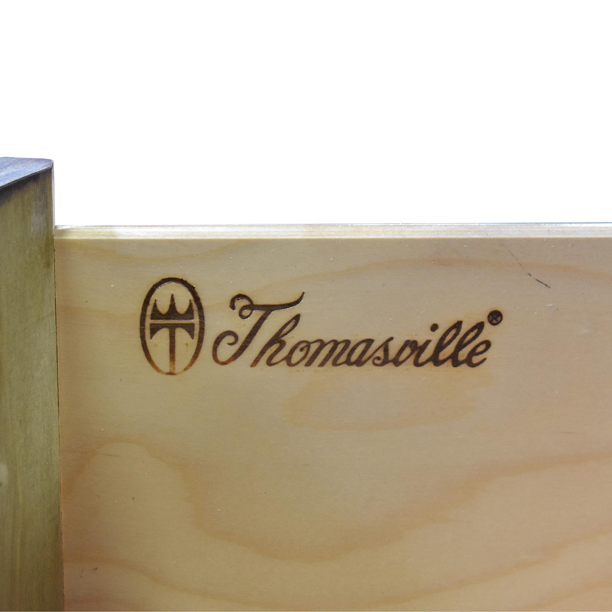 Thomasville Thomasville Night Stand brown
