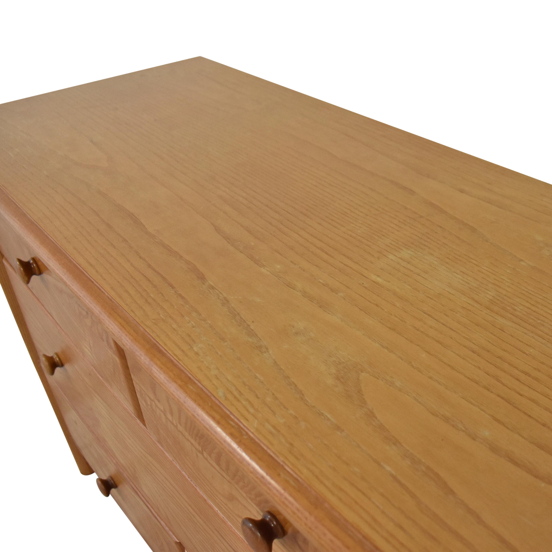 Thomasville Thomasville Impressions Three Drawer Dresser ma