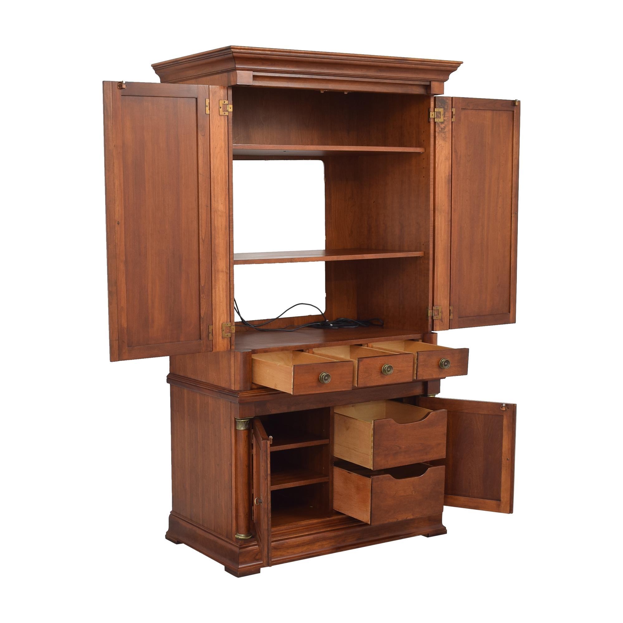 74% OFF - Lexington Furniture Lexington Furniture Media ...
