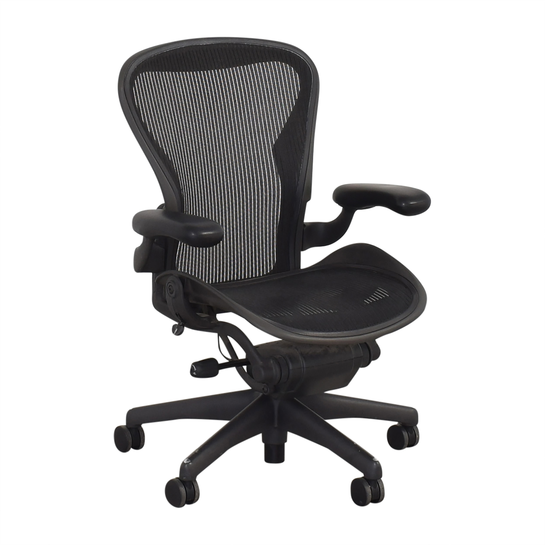 Herman Miller Herman Miller Aeron Chair ct