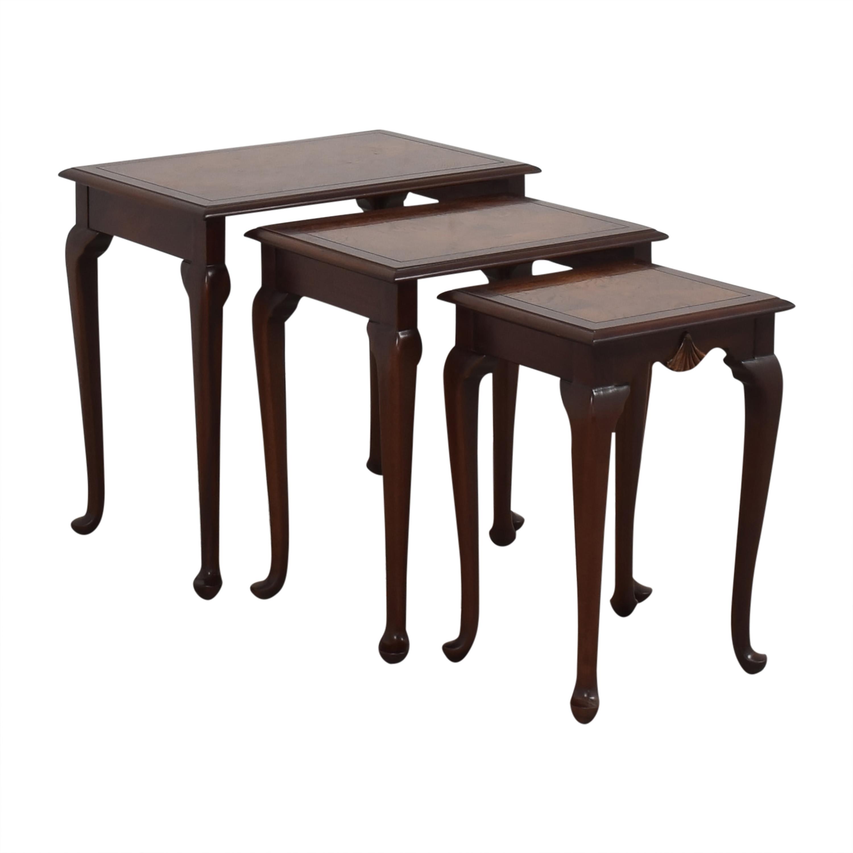 Hekman Furniture Heckman Queen Anne Style Nest of Tables dark brown