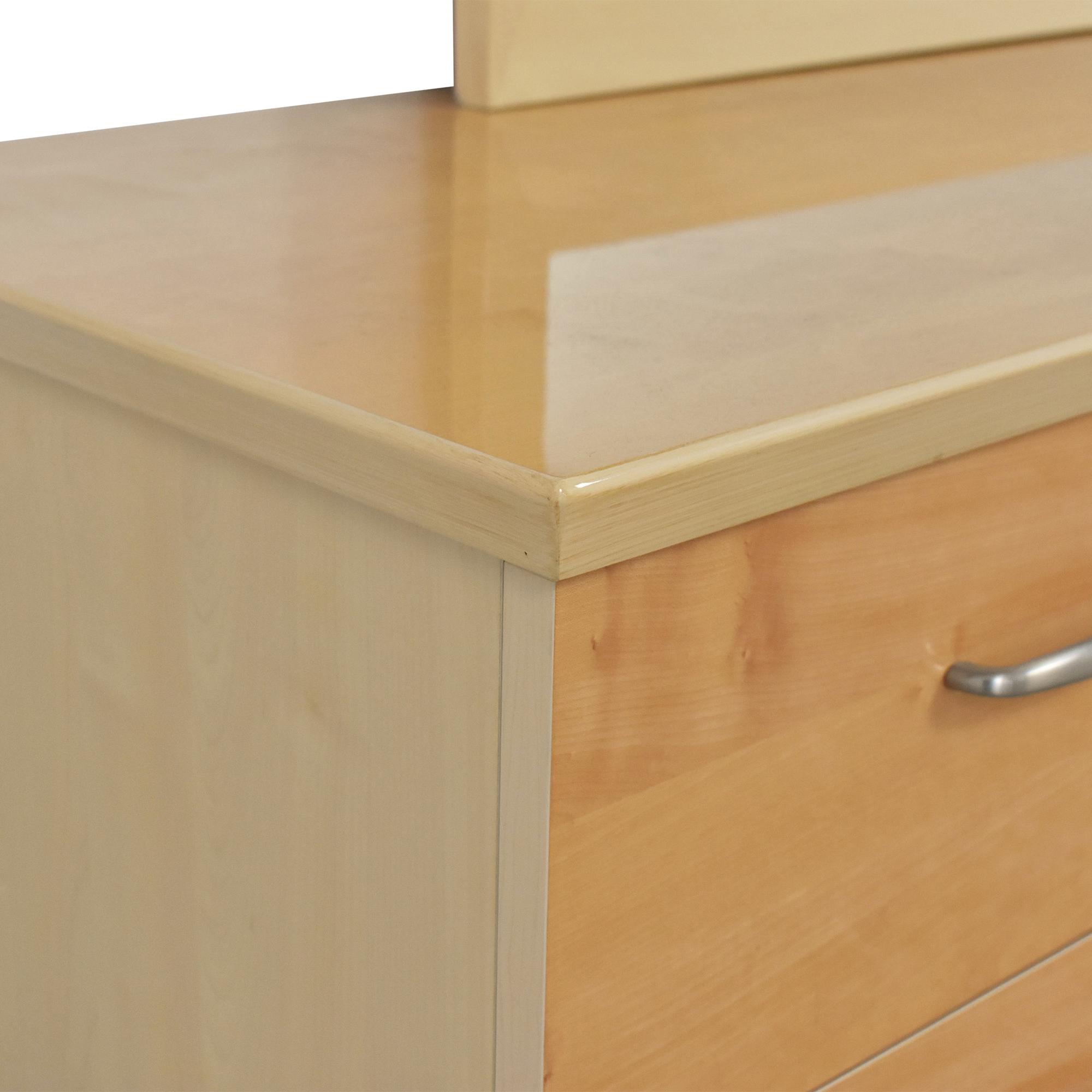 Planum Modern Style Dresser and Mirror Planum