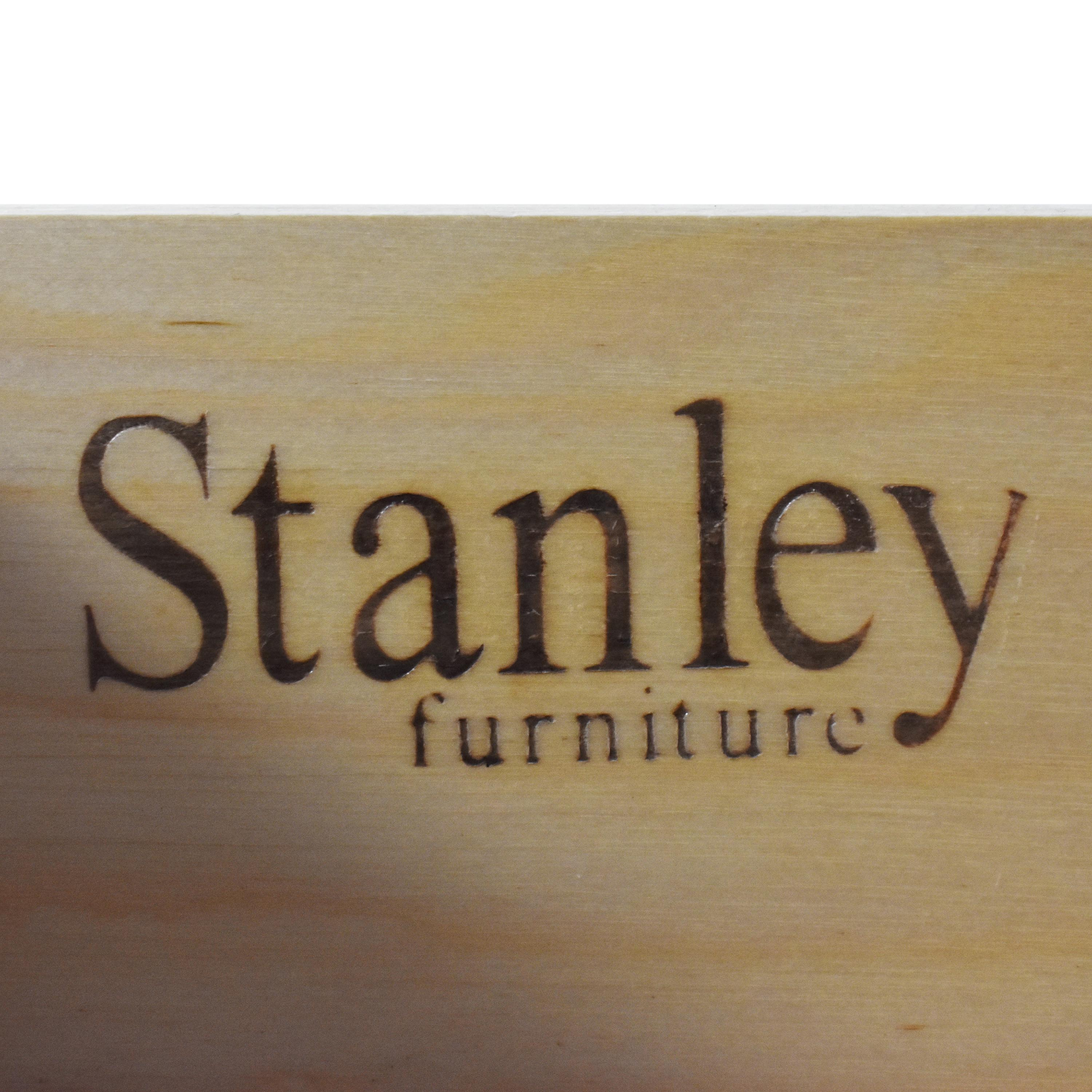Stanley Furniture Stanley Island House Collection Armoire second hand