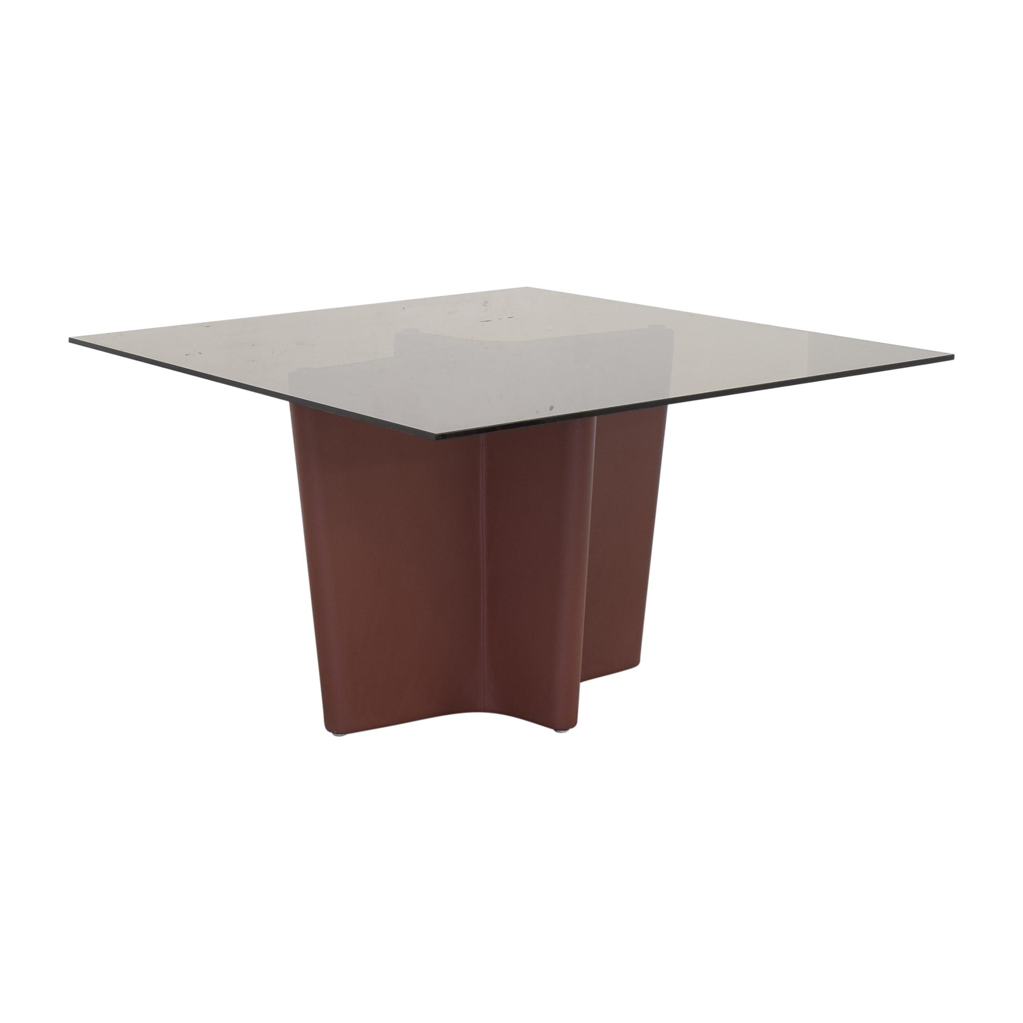 Elite Modern Elite Modern Pedestal Dining Table Dinner Tables