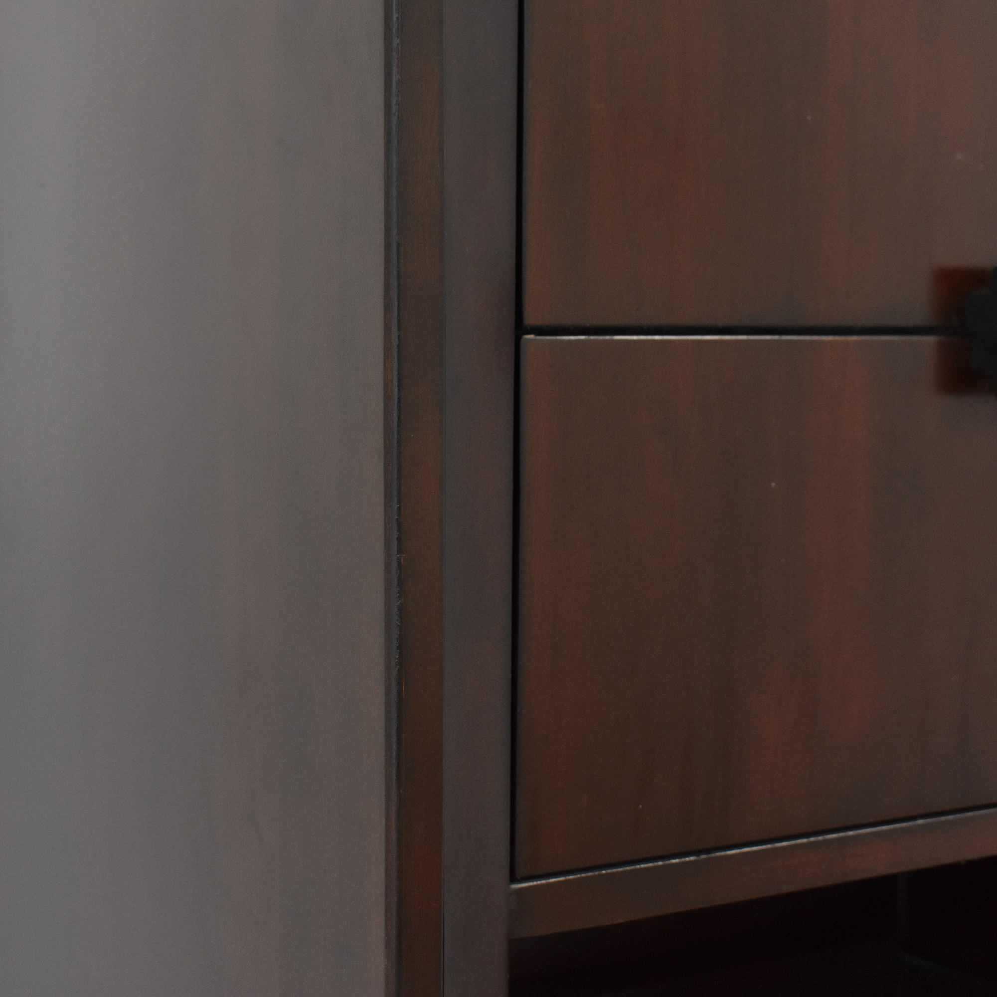 Raymour & Flanigan Raymour & Flanigan Vista Bedside Cabinet nyc