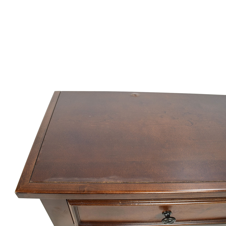 75 Off Jordan S Furniture Jordan S Furniture Wood 3 Drawer Night Table Tables