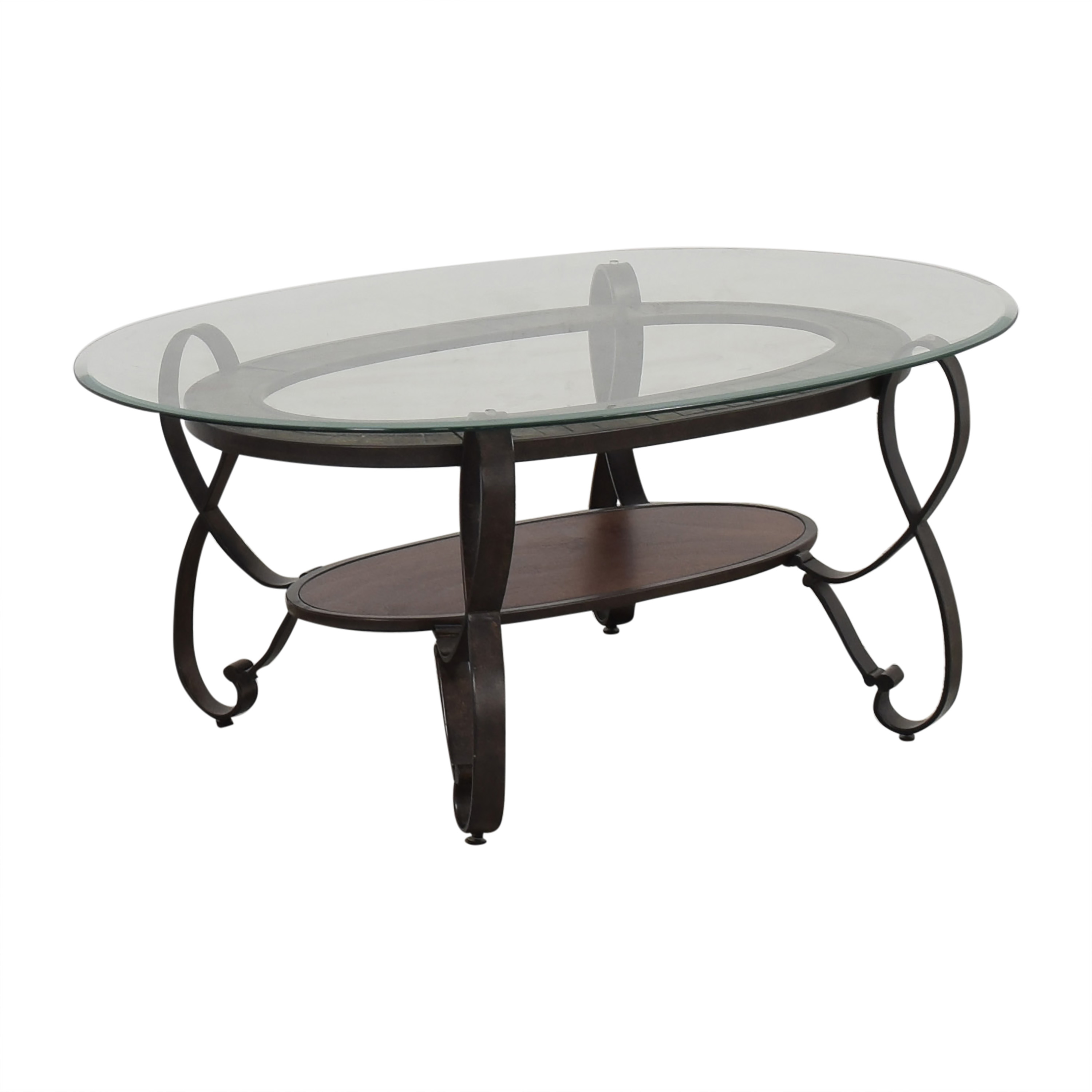 Raymour & Flanigan Oval Coffee Table / Tables