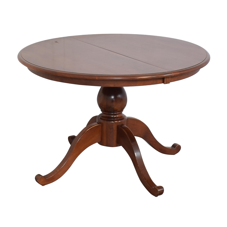Nichols & Stone Nichols & Stone Extendable Pedestal Dining Table pa