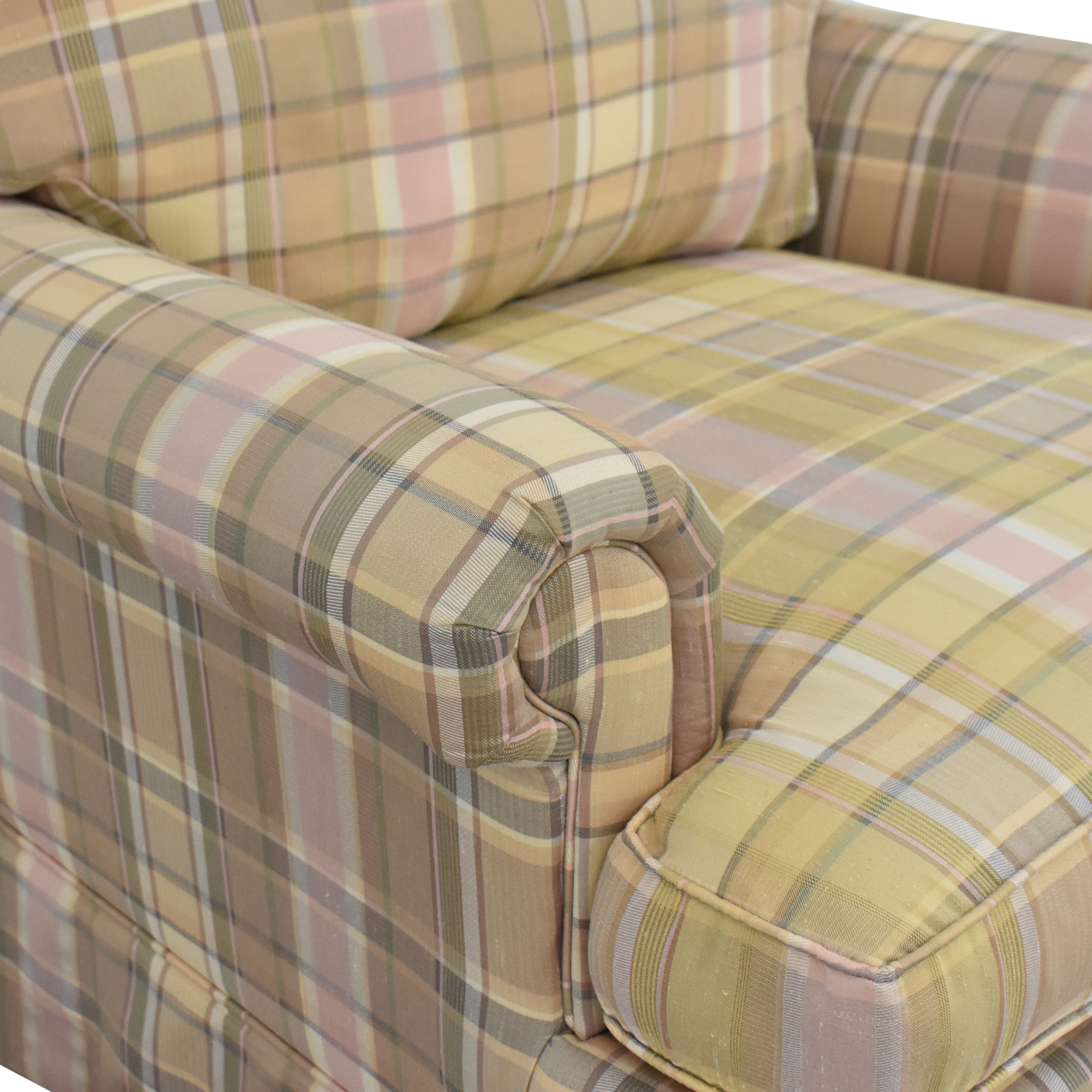 Thomasville Thomasville Skirted Plaid Chair ct