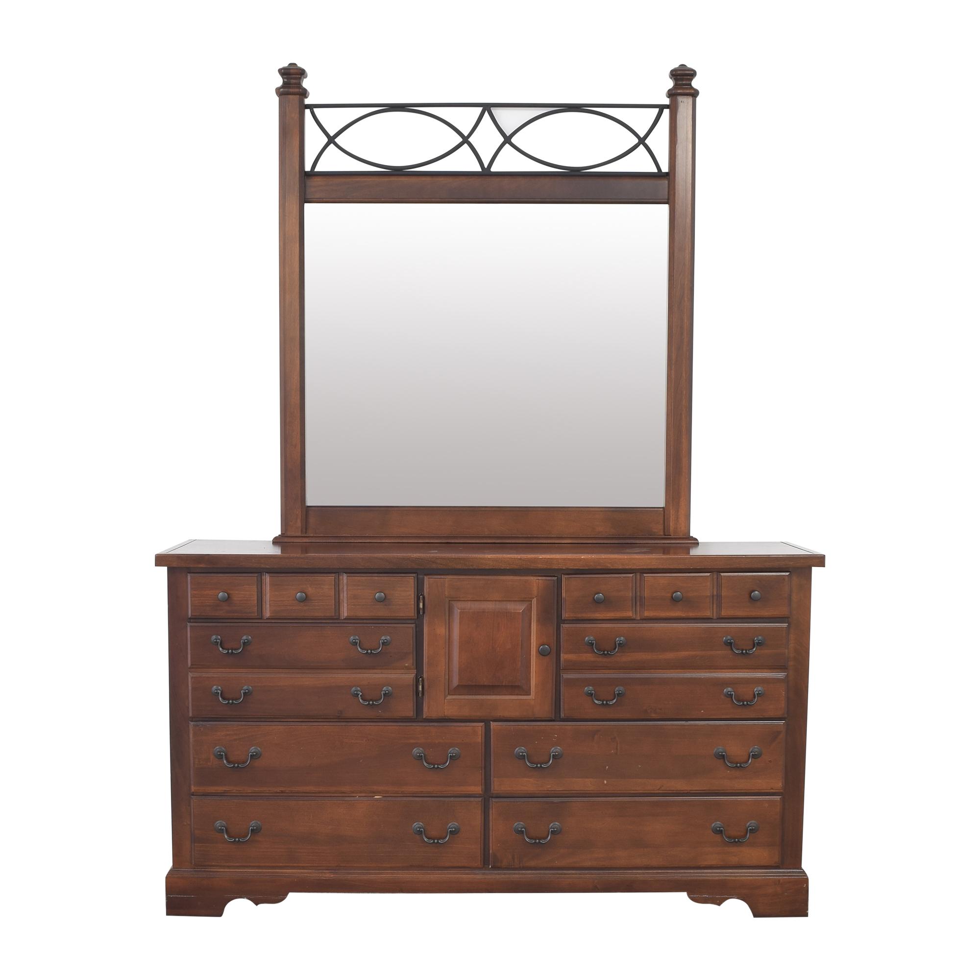 Vaughan-Bassett Vaughan-Bassett Dresser with Mirror discount