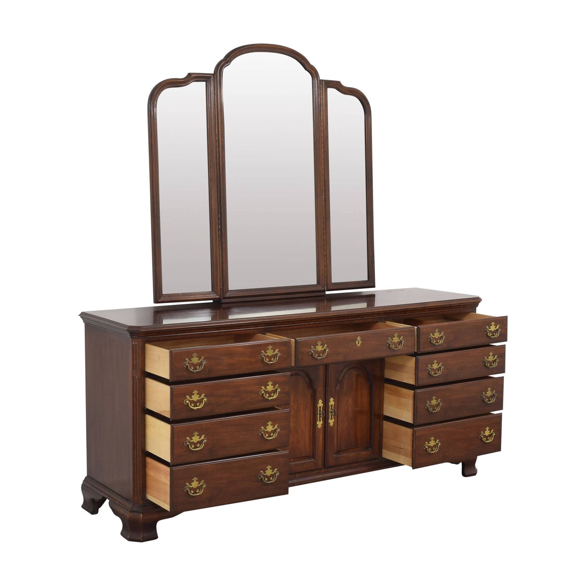 Drexel Drexel Triple Dresser with Trifold Mirror pa